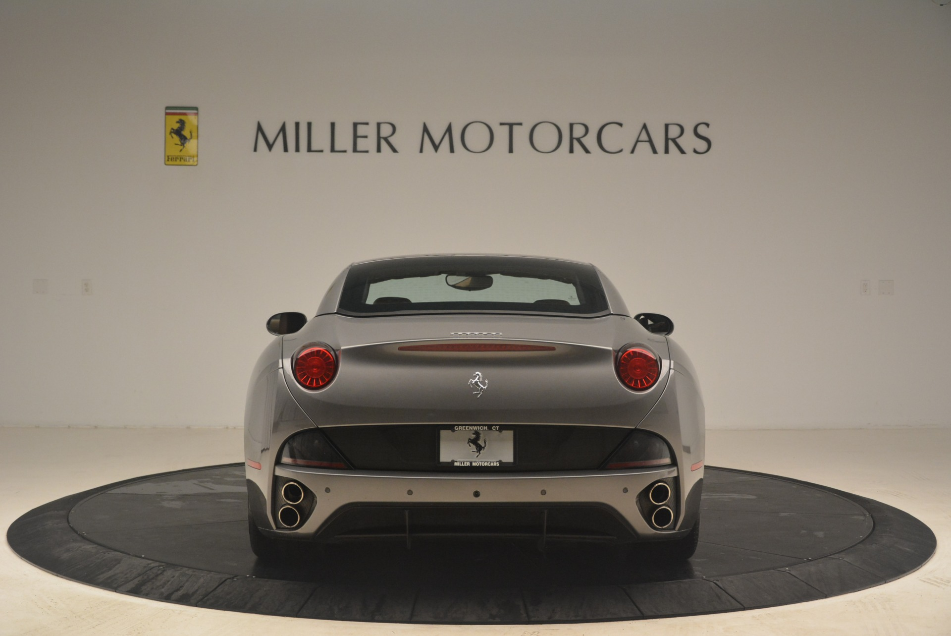 Used 2012 Ferrari California  For Sale In Westport, CT 2285_p18
