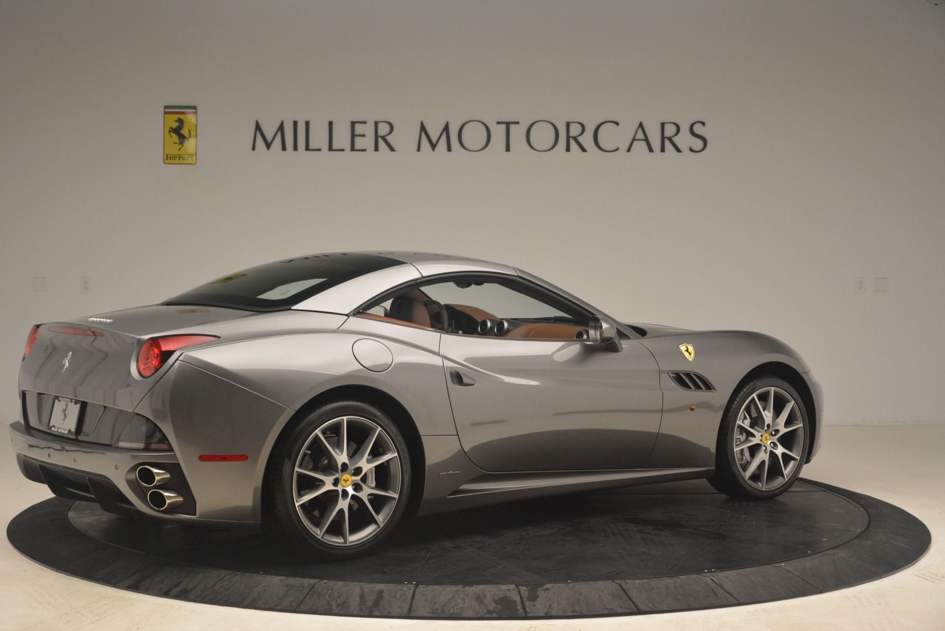 Used 2012 Ferrari California  For Sale In Westport, CT 2285_p20