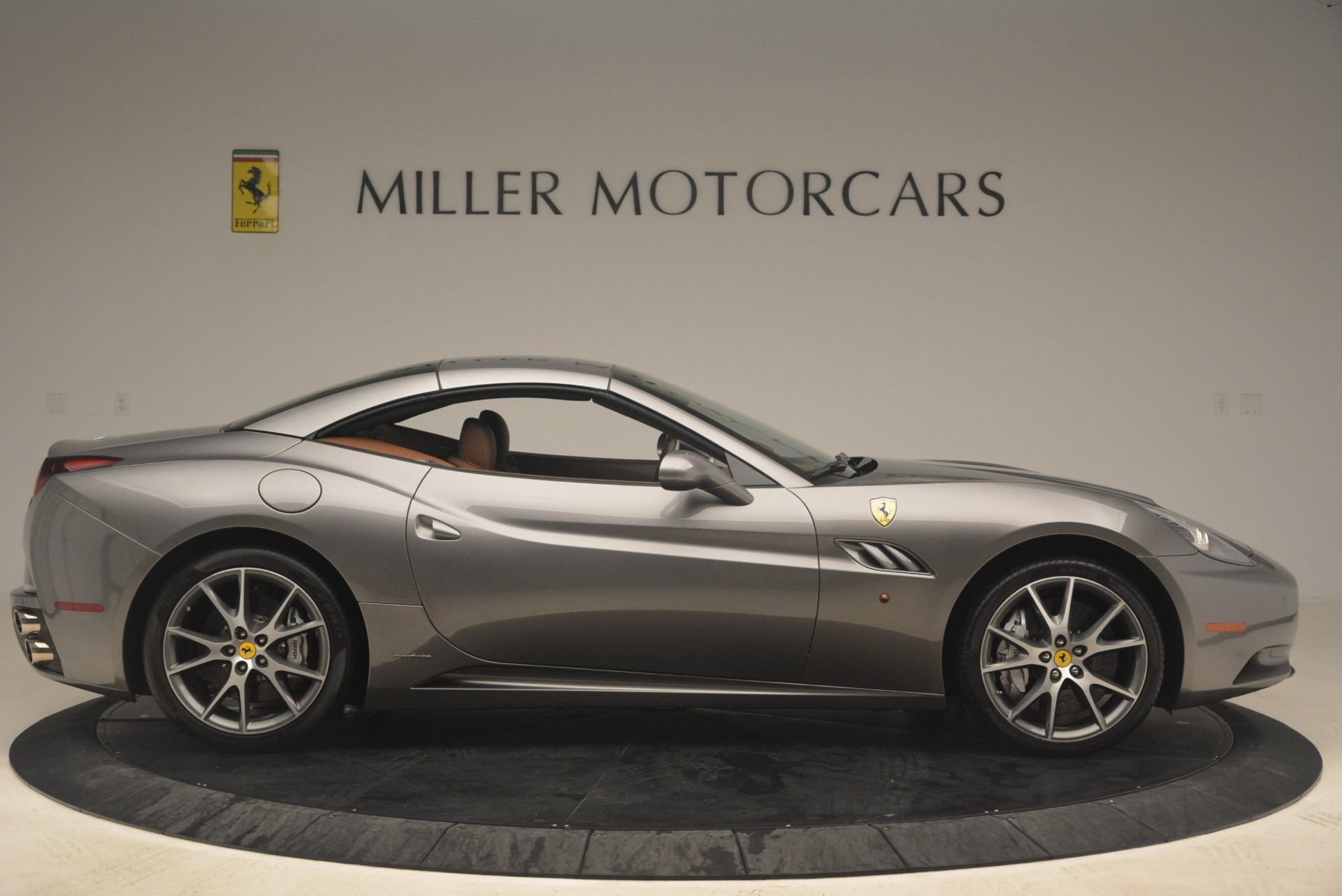 Used 2012 Ferrari California  For Sale In Westport, CT 2285_p21