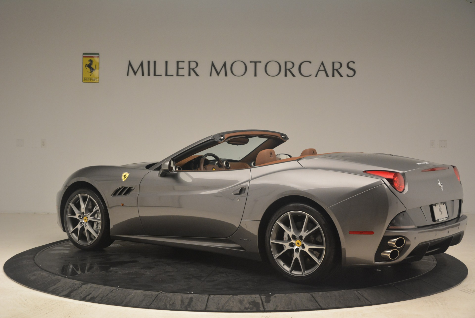 Used 2012 Ferrari California  For Sale In Westport, CT 2285_p4