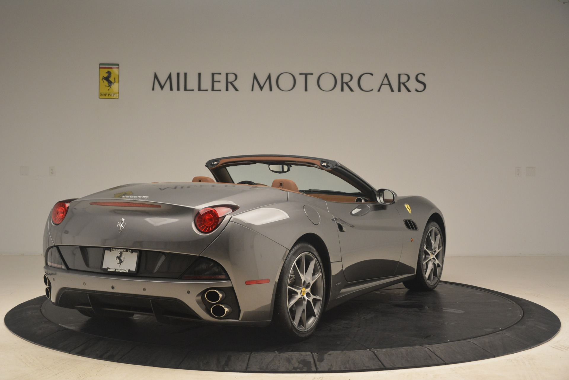 Used 2012 Ferrari California  For Sale In Westport, CT 2285_p7
