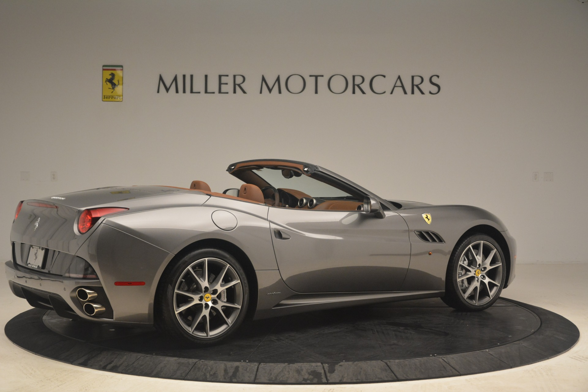 Used 2012 Ferrari California  For Sale In Westport, CT 2285_p8