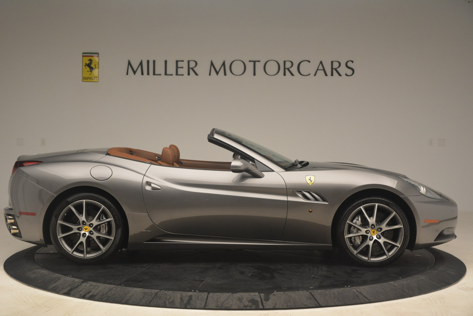 Used 2012 Ferrari California  For Sale In Westport, CT 2285_p9