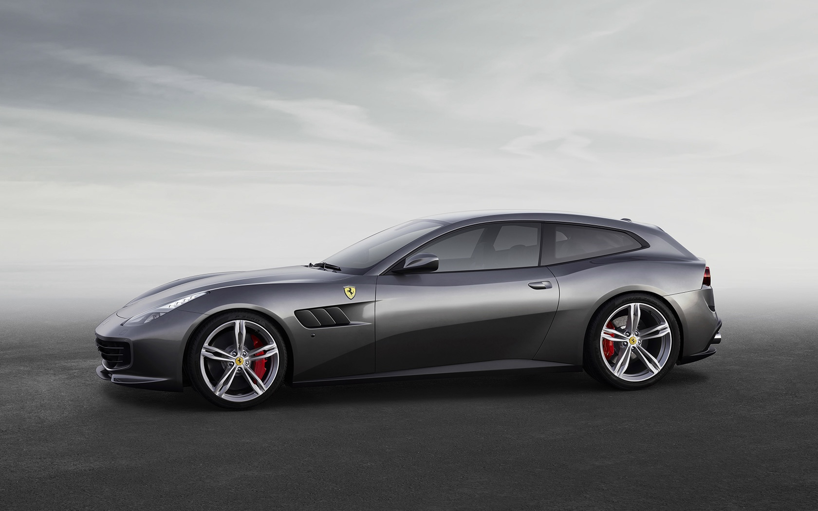 New 2020 Ferrari GTC4LUSSO  For Sale In Westport, CT 229_p6