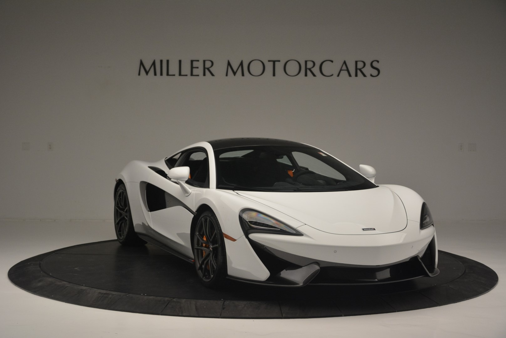 Used 2018 McLaren 570S Track Pack For Sale In Westport, CT 2290_p11