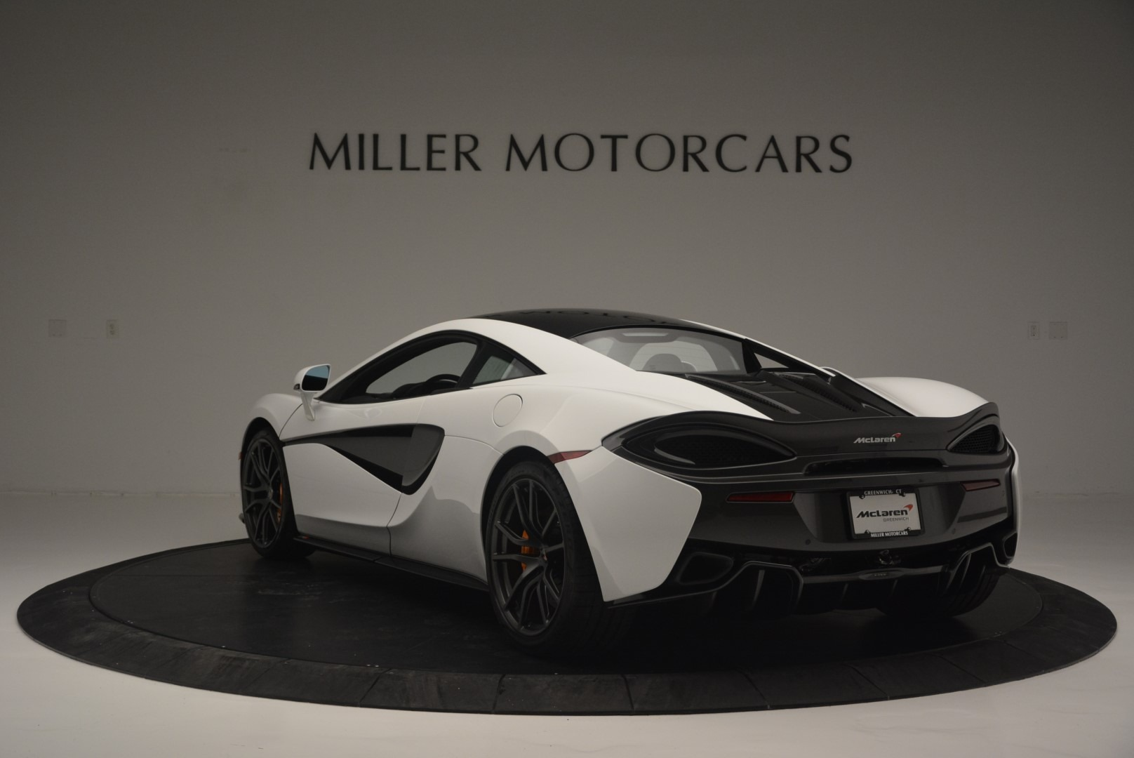 Used 2018 McLaren 570S Track Pack For Sale In Westport, CT 2290_p5