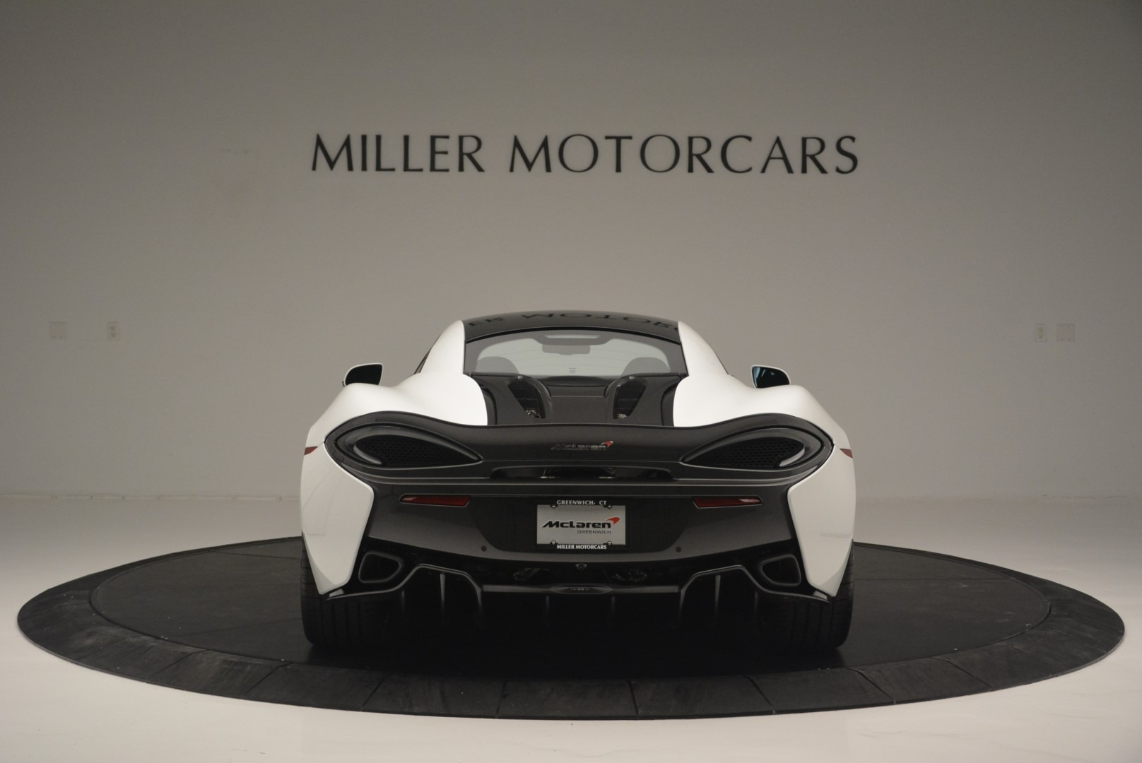 Used 2018 McLaren 570S Track Pack For Sale In Westport, CT 2290_p6