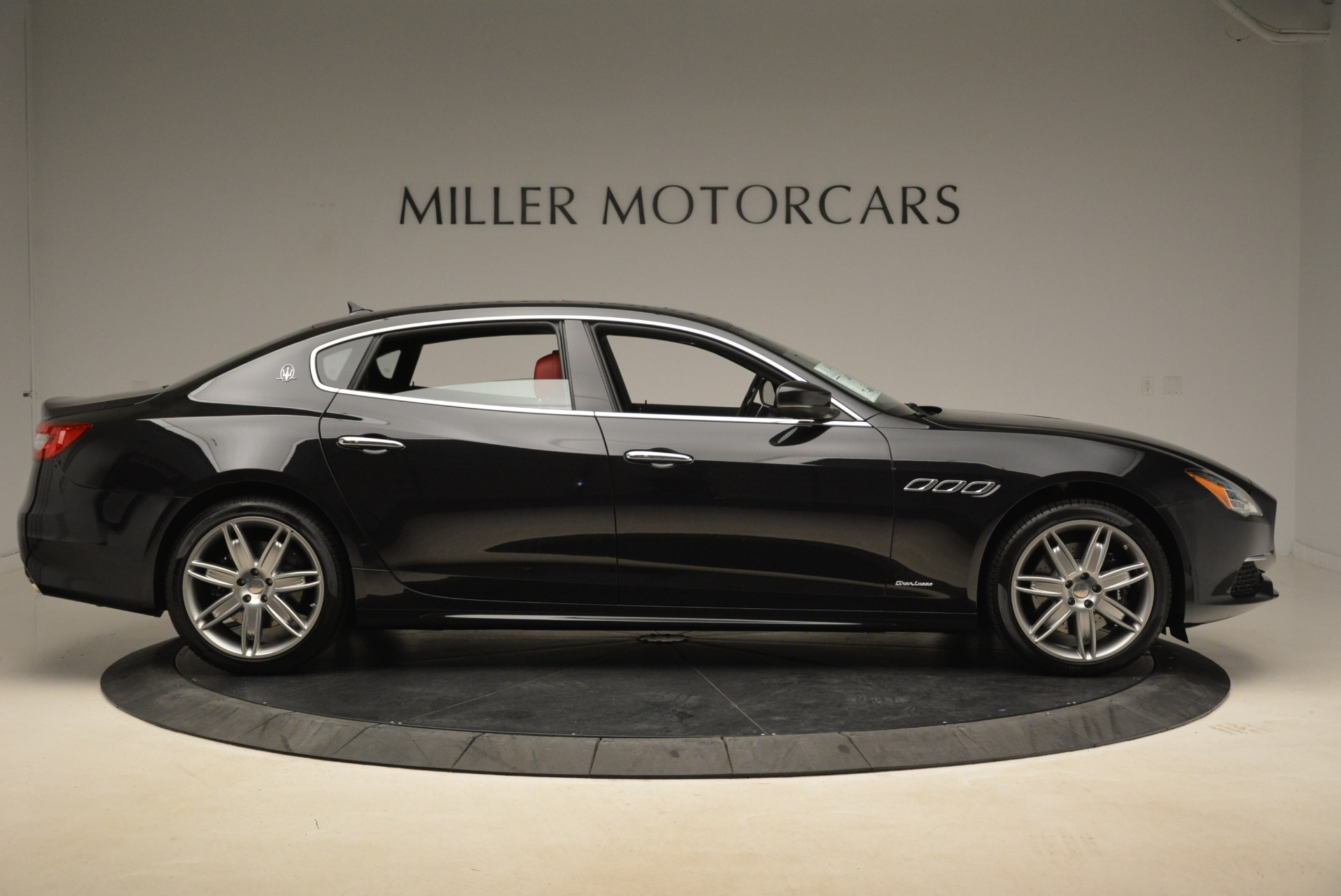 New 2018 Maserati Quattroporte S Q4 GranLusso For Sale In Westport, CT 2293_p9