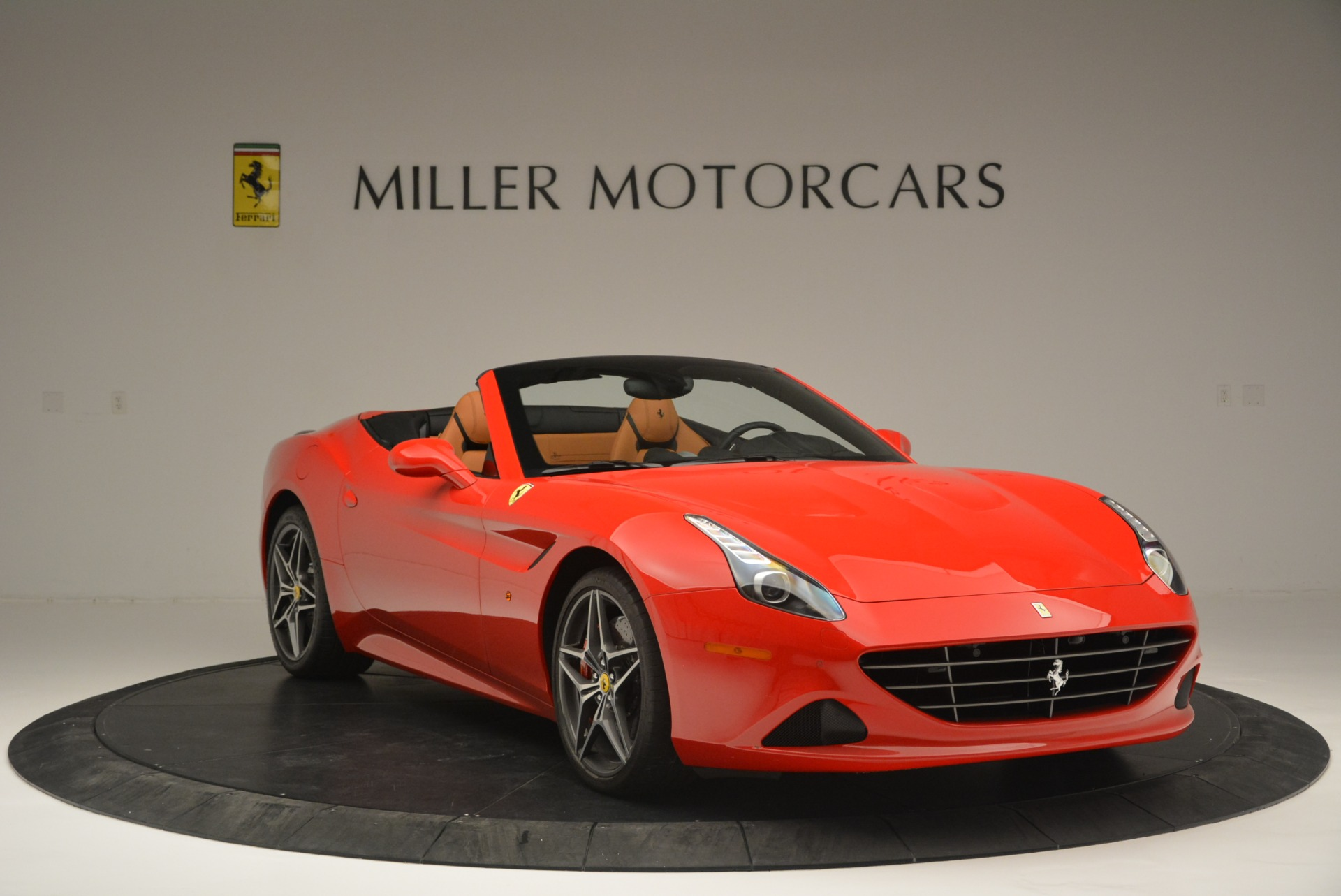 Used 2016 Ferrari California T Handling Speciale For Sale In Westport, CT 2298_p11
