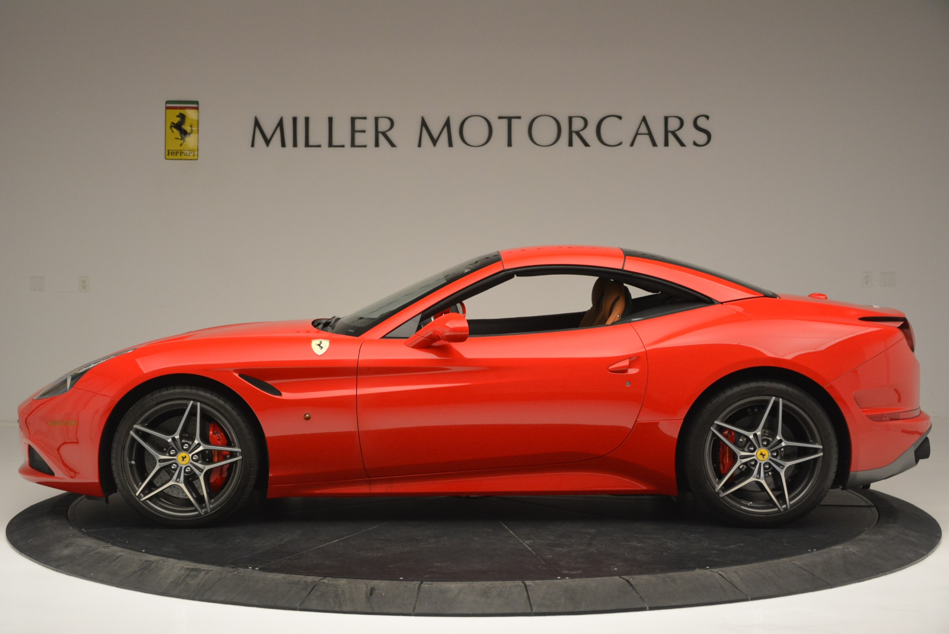 Used 2016 Ferrari California T Handling Speciale For Sale In Westport, CT 2298_p15