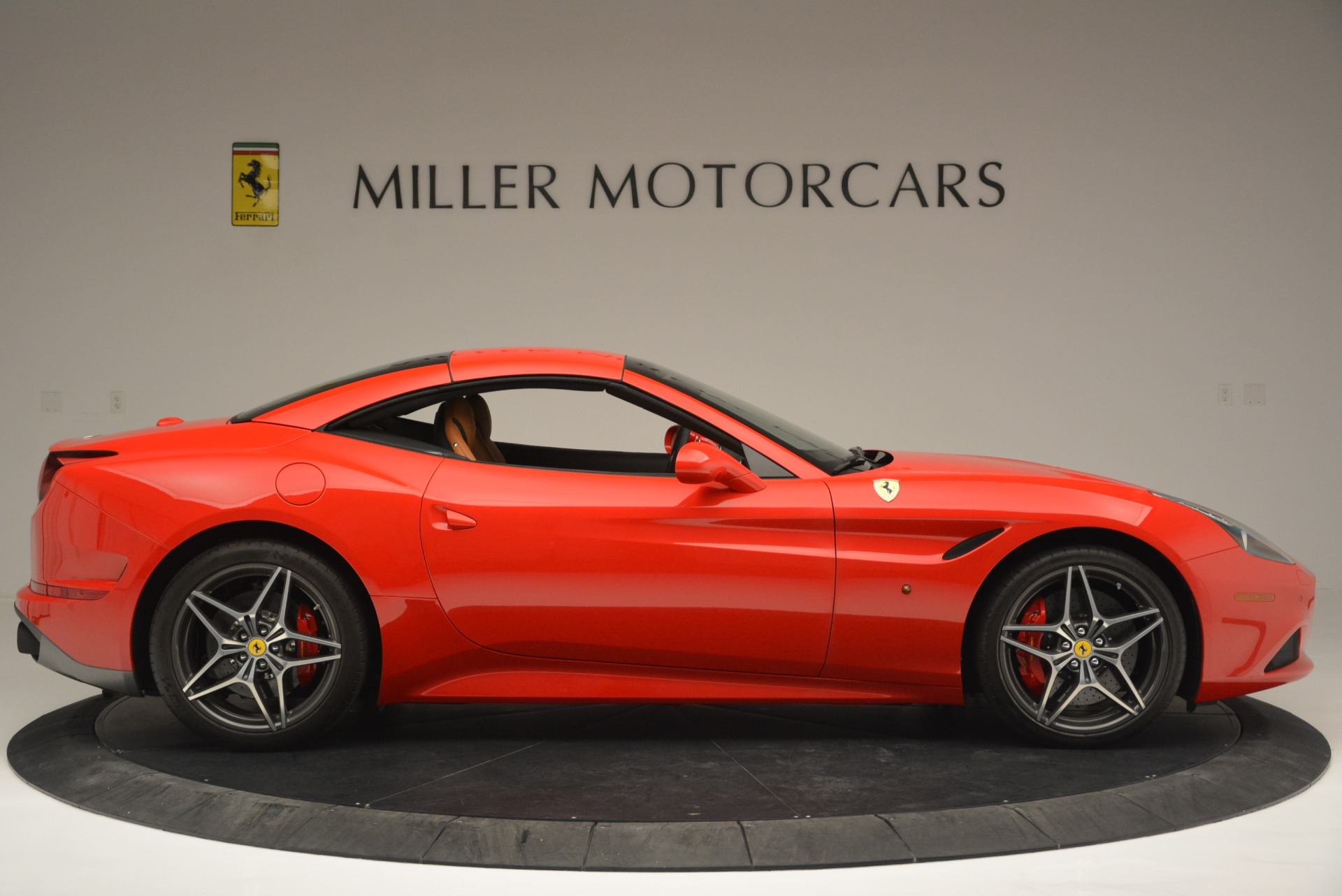 Used 2016 Ferrari California T Handling Speciale For Sale In Westport, CT 2298_p21