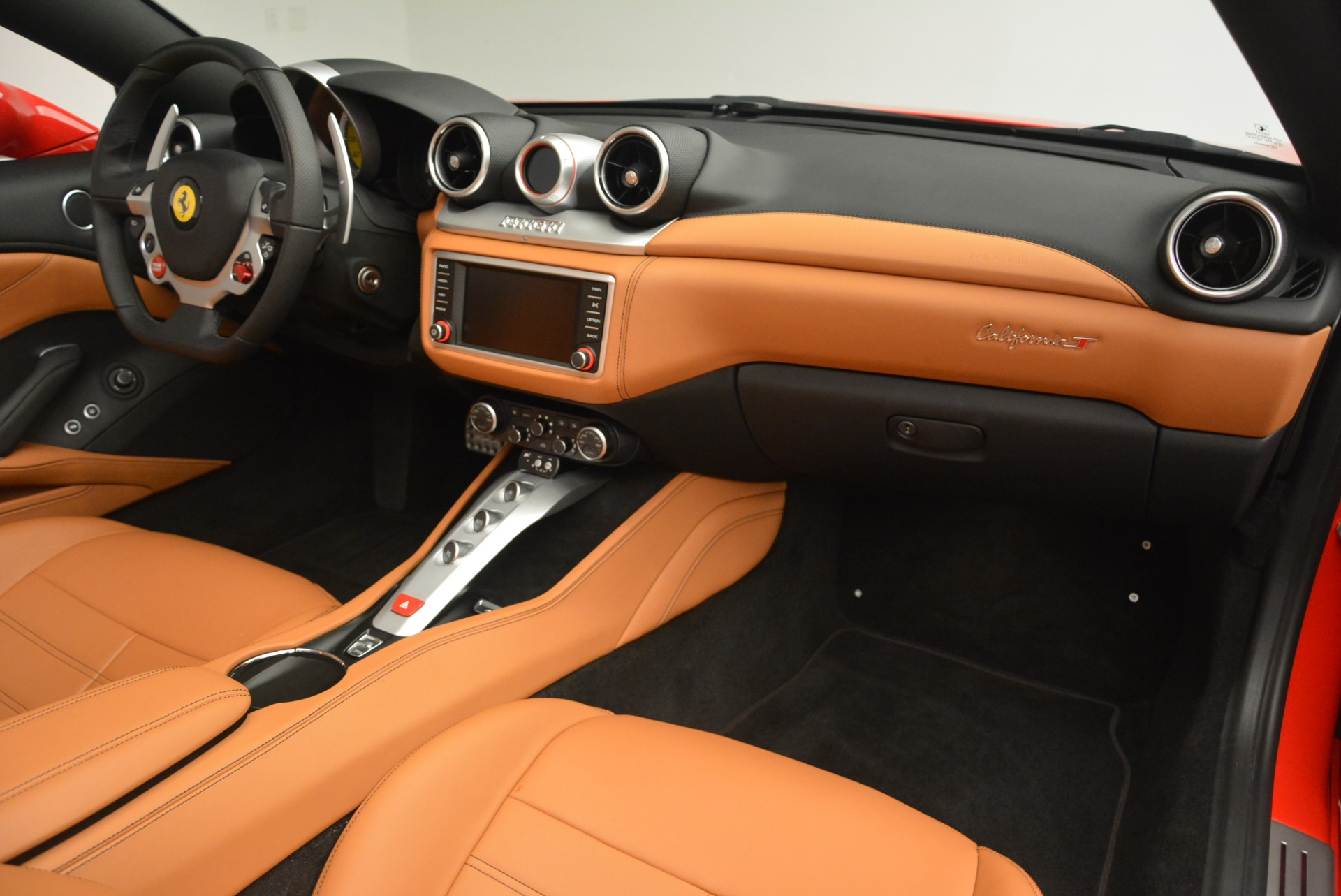 Used 2016 Ferrari California T Handling Speciale For Sale In Westport, CT 2298_p30