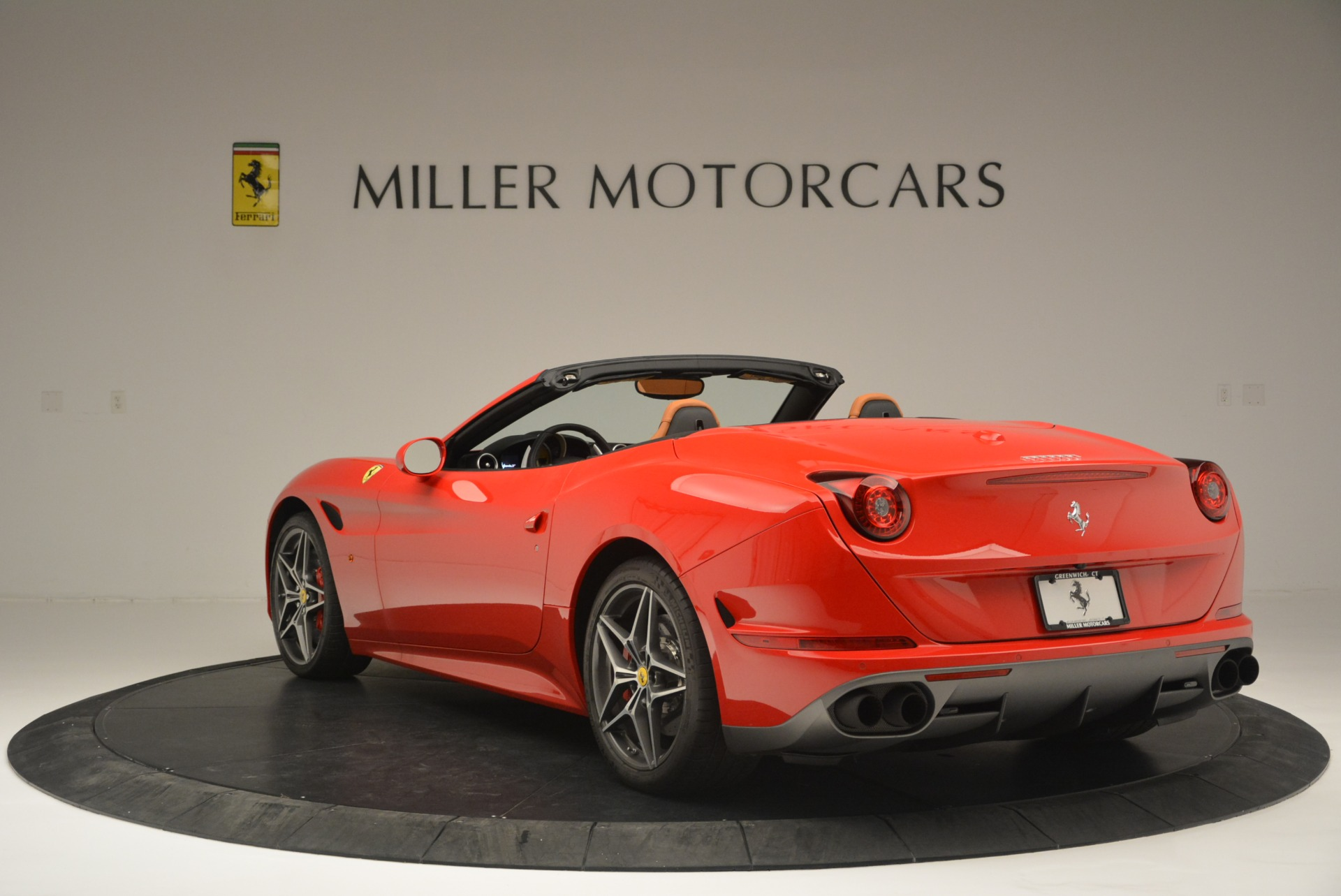 Used 2016 Ferrari California T Handling Speciale For Sale In Westport, CT 2298_p5