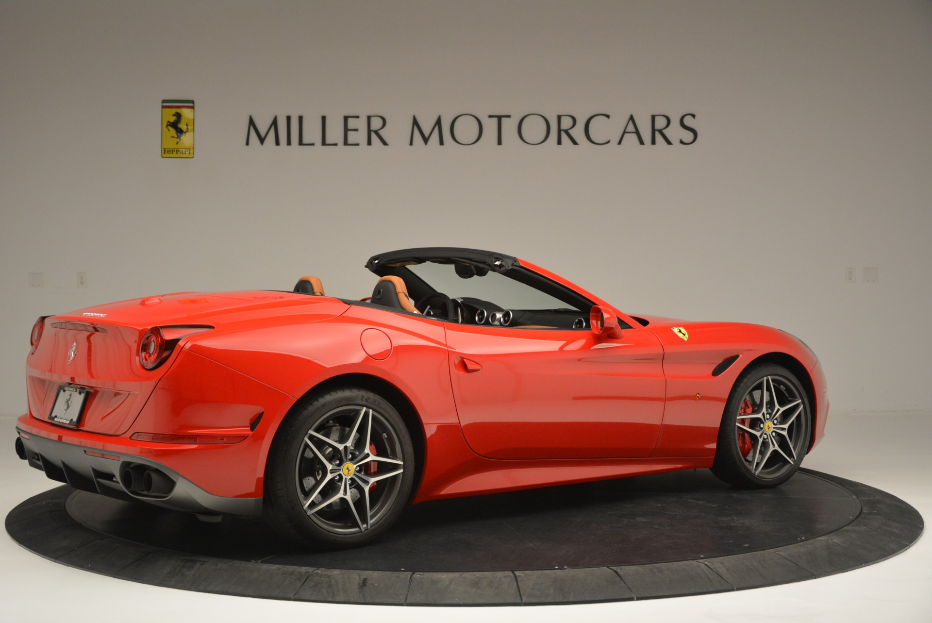 Used 2016 Ferrari California T Handling Speciale For Sale In Westport, CT 2298_p8
