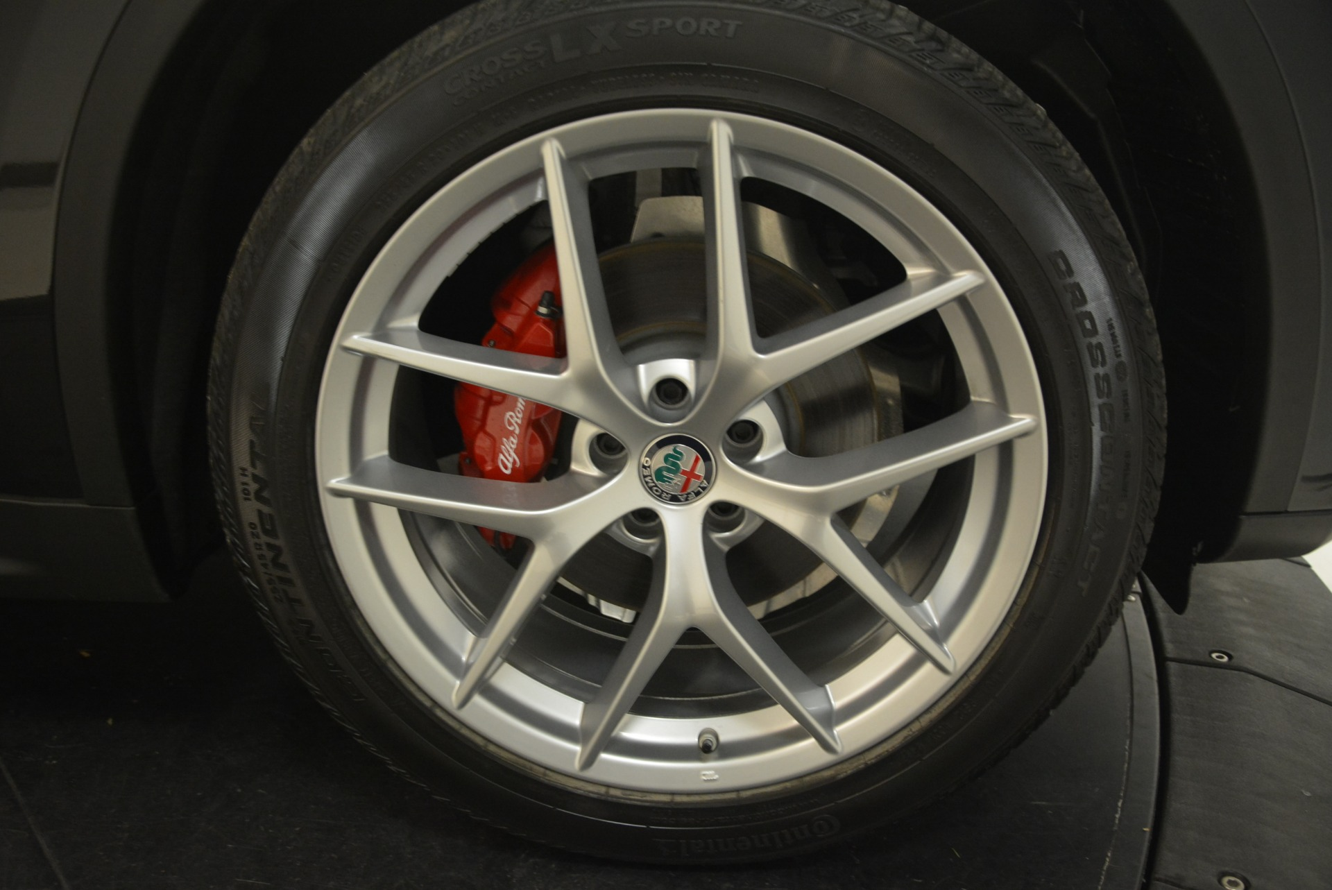 New 2018 Alfa Romeo Stelvio Ti Sport Q4 For Sale In Westport, CT 2300_p25