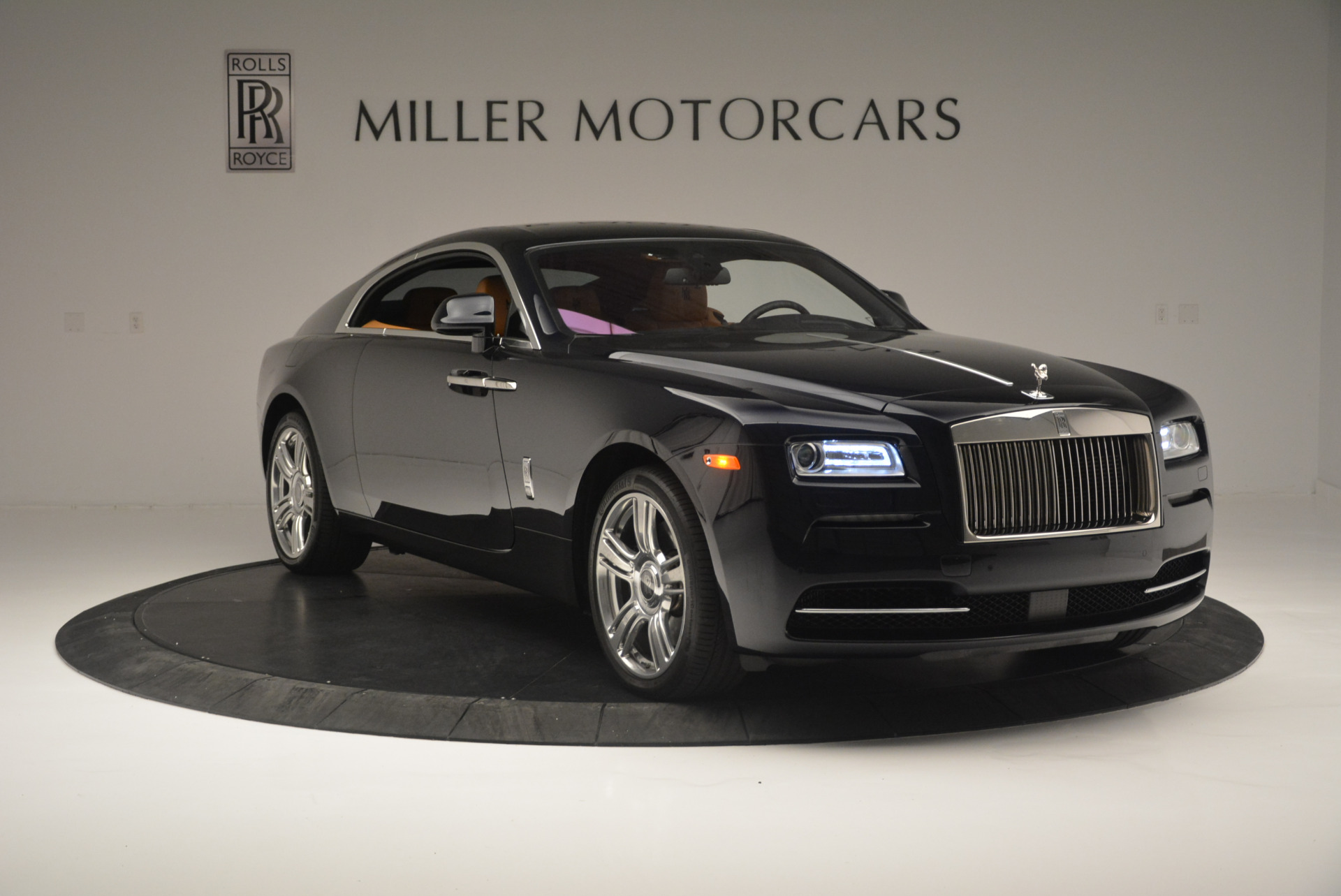 Used 2014 Rolls-Royce Wraith  For Sale In Westport, CT 2305_p11
