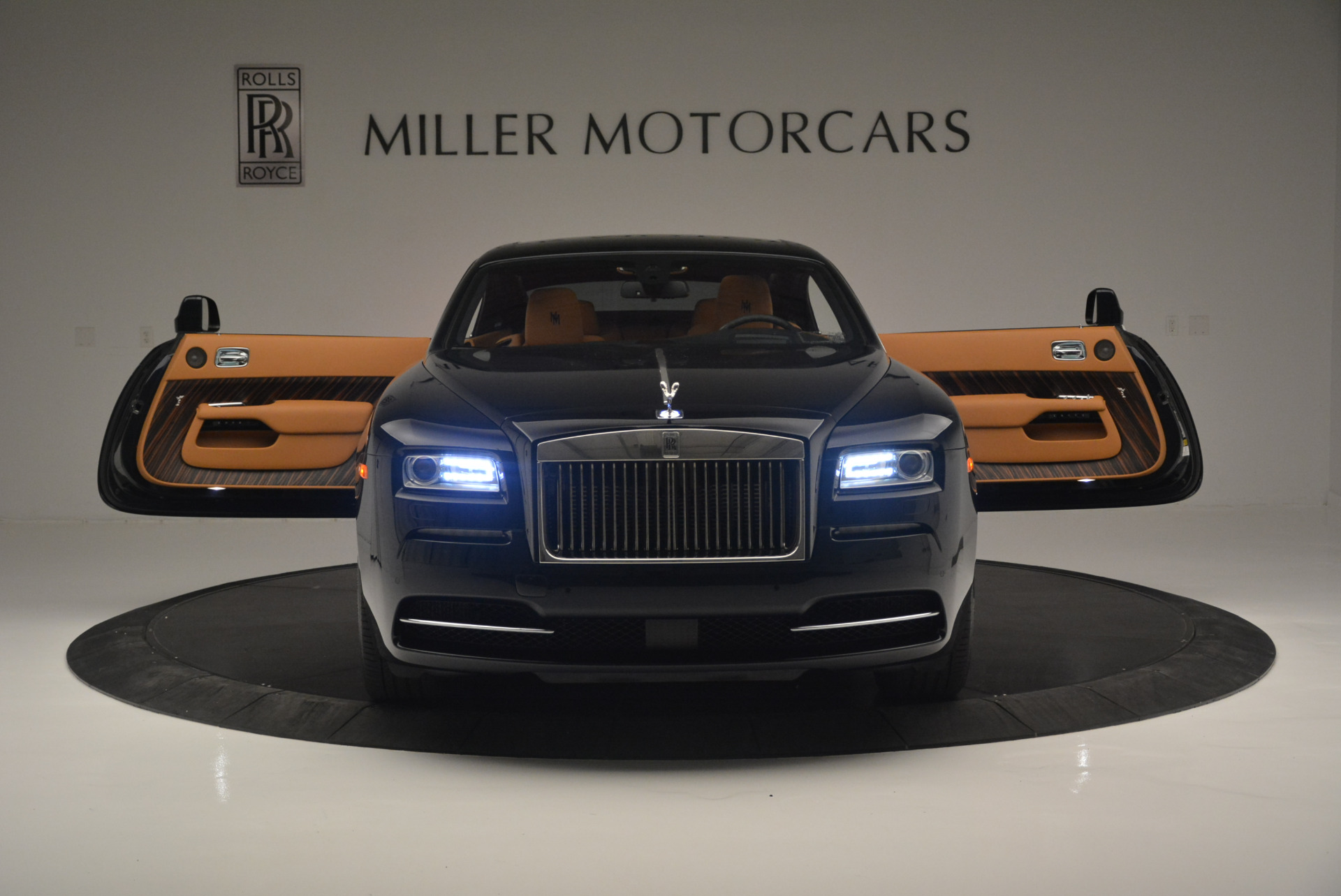 Used 2014 Rolls-Royce Wraith  For Sale In Westport, CT 2305_p13
