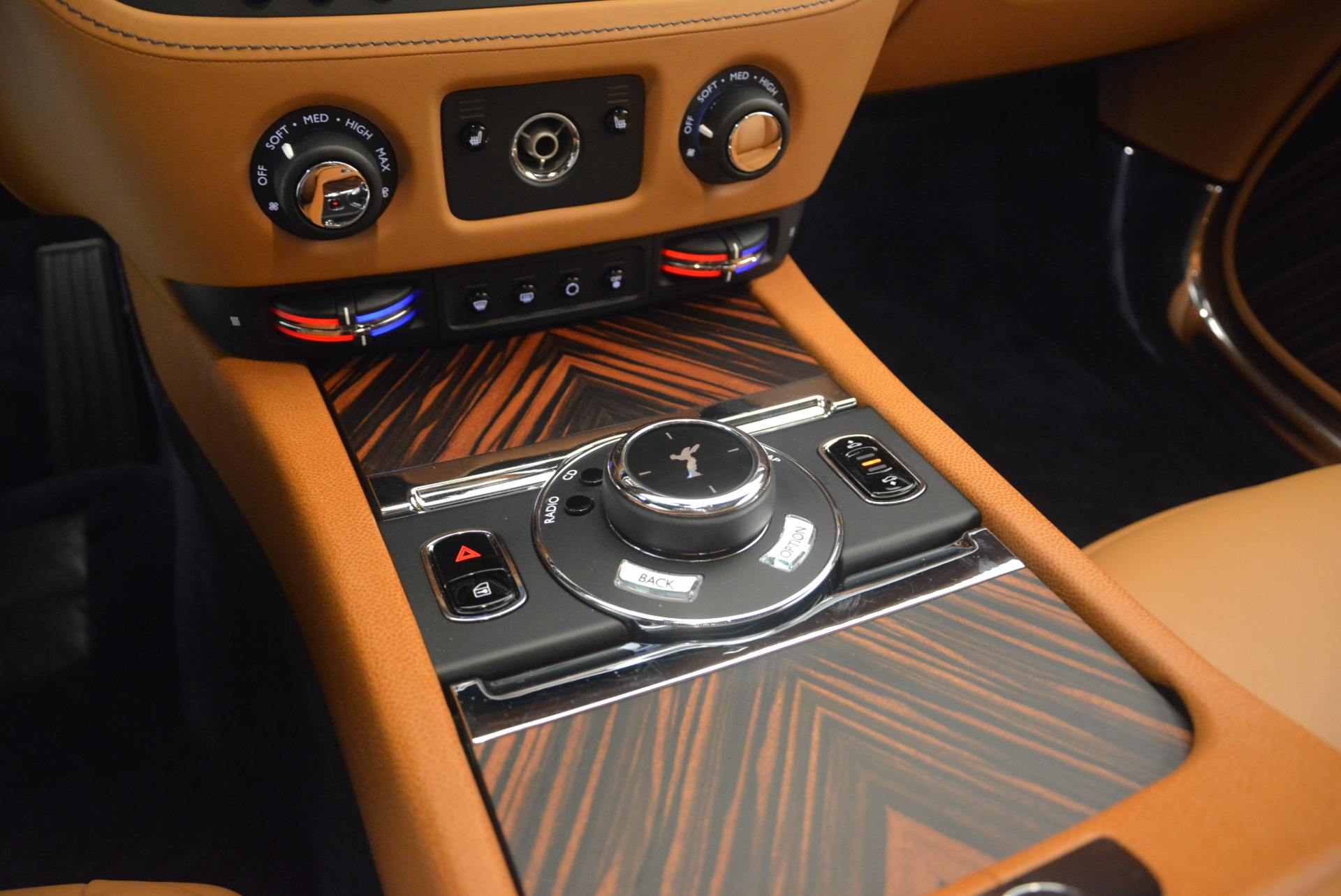 Used 2014 Rolls-Royce Wraith  For Sale In Westport, CT 2305_p24