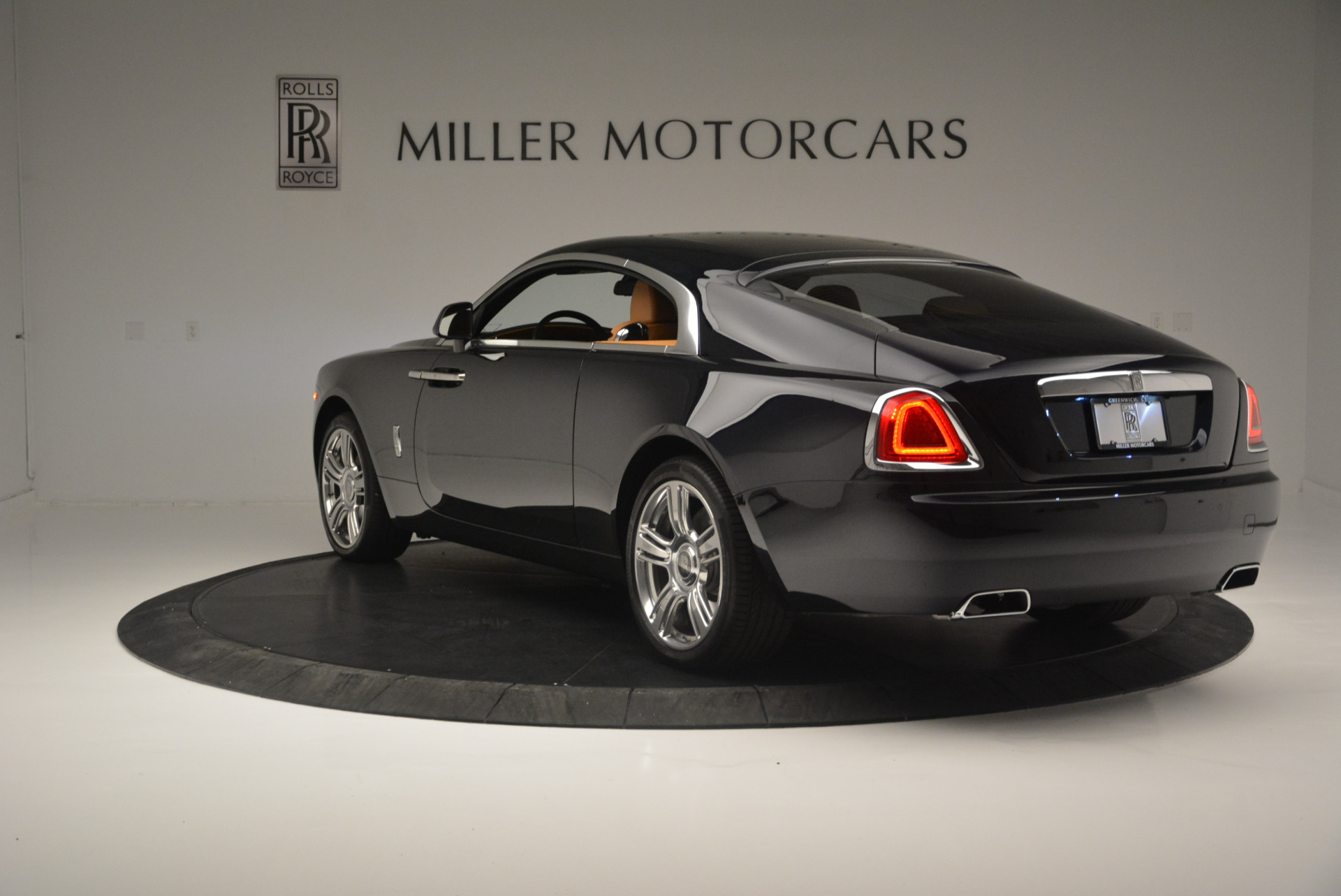 Used 2014 Rolls-Royce Wraith  For Sale In Westport, CT 2305_p5