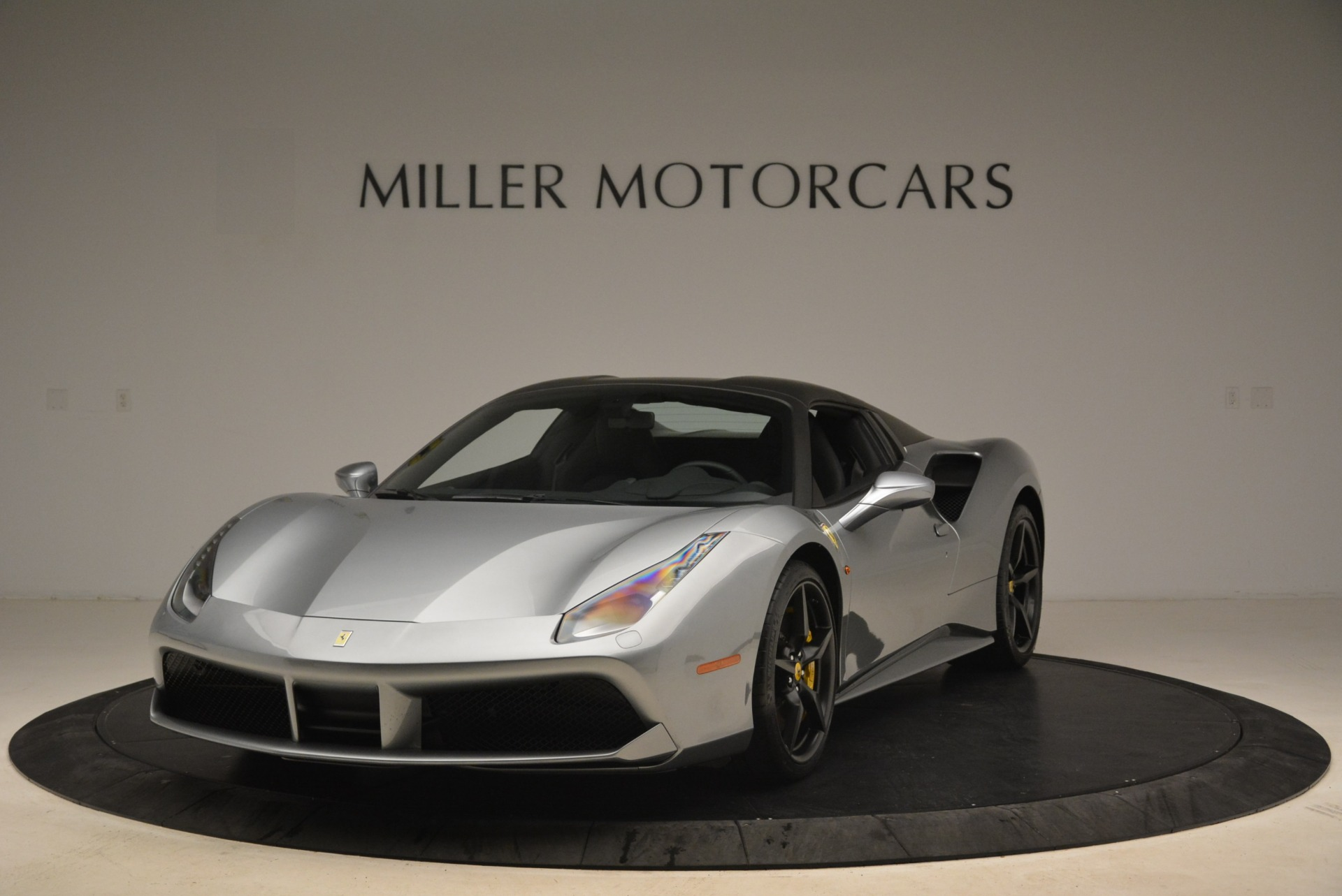 Used 2018 Ferrari 488 Spider  For Sale In Westport, CT 2306_p13