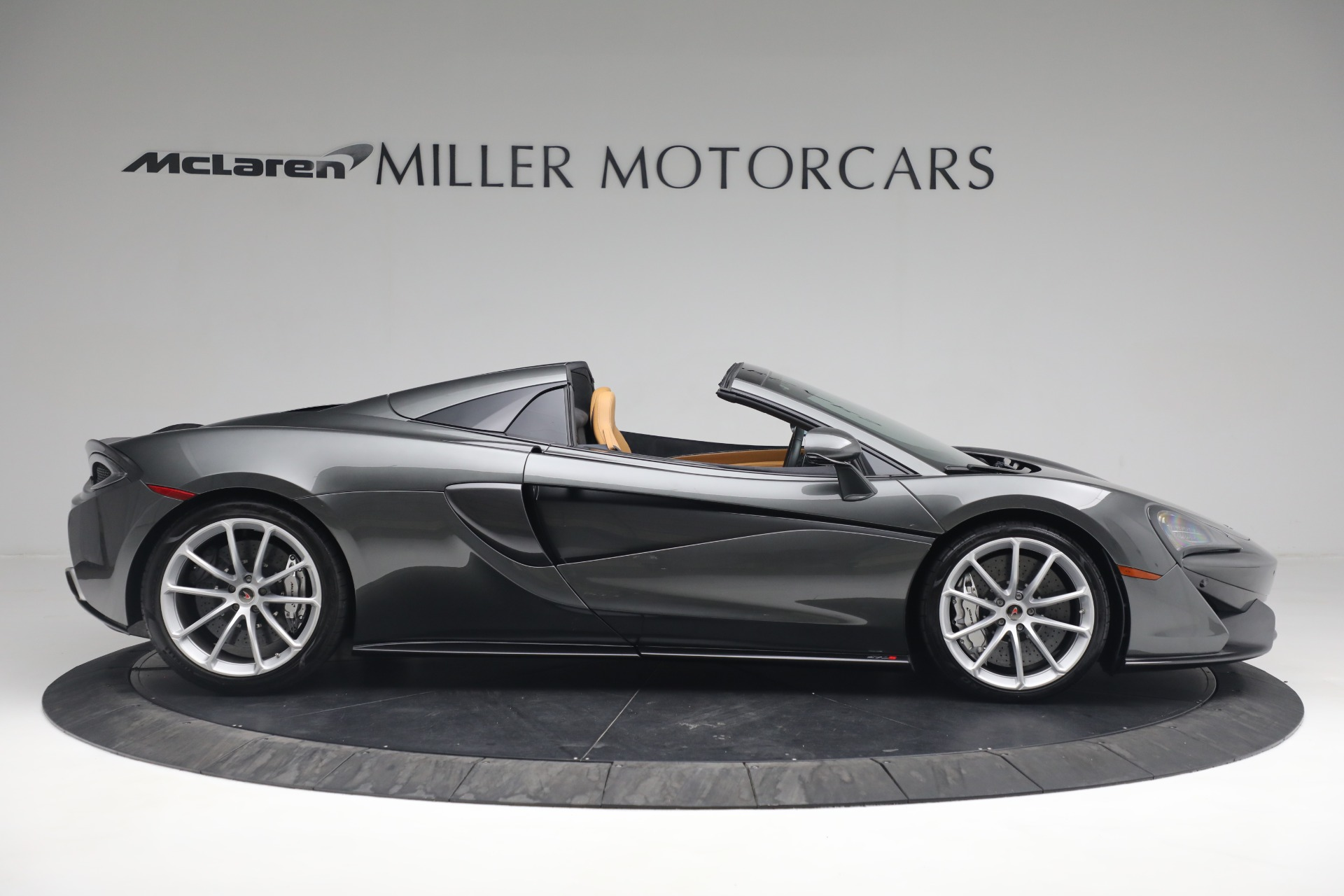 Used 2018 McLaren 570S Spider For Sale In Westport, CT 2308_p10