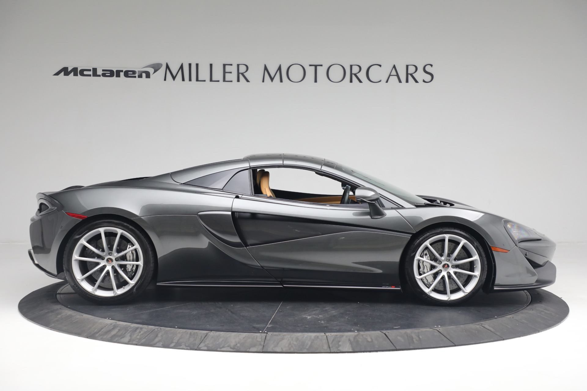 Used 2018 McLaren 570S Spider For Sale In Westport, CT 2308_p15