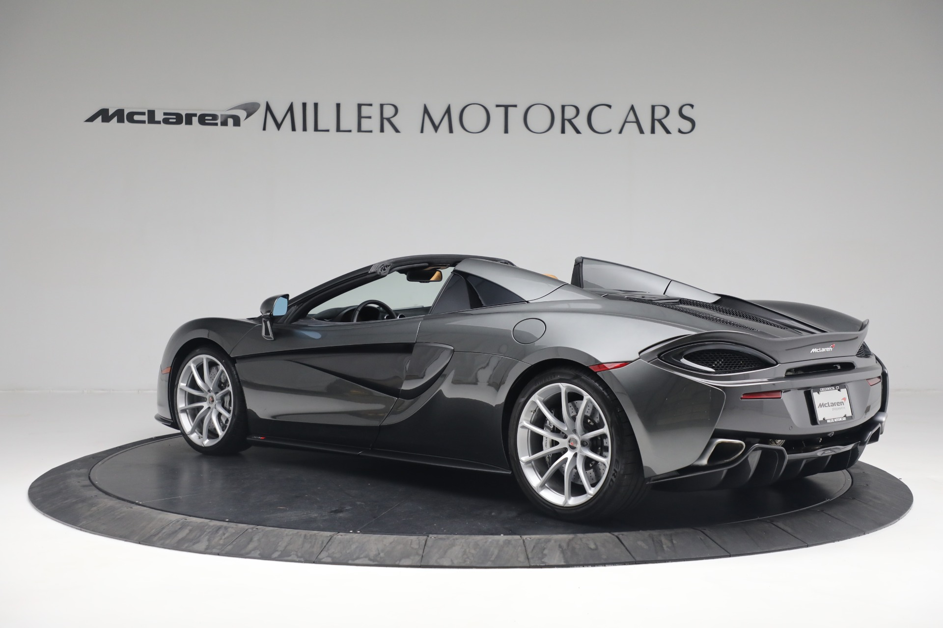 Used 2018 McLaren 570S Spider For Sale In Westport, CT 2308_p4