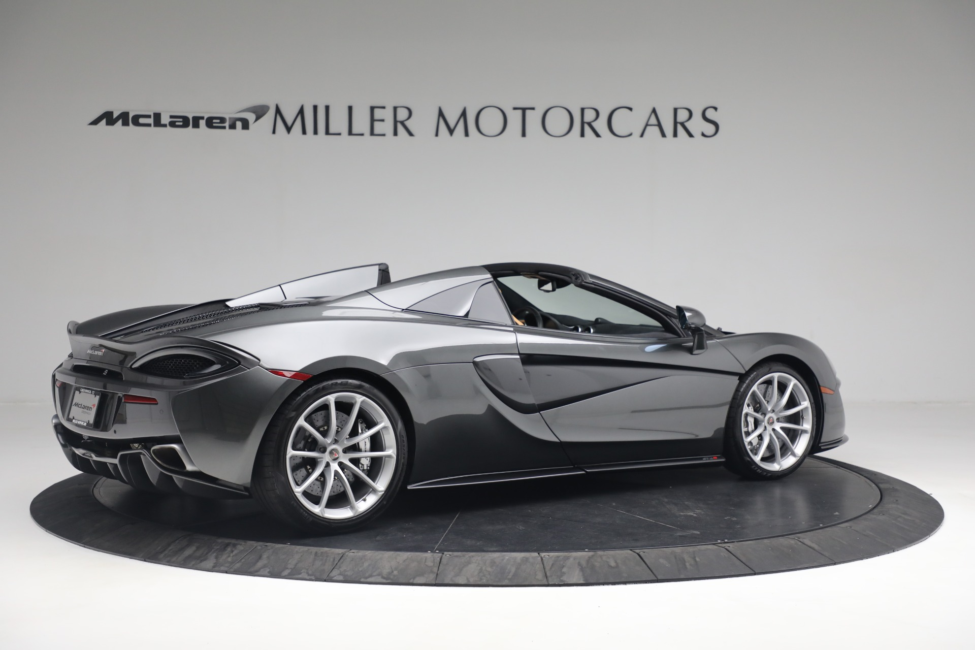 Used 2018 McLaren 570S Spider For Sale In Westport, CT 2308_p8