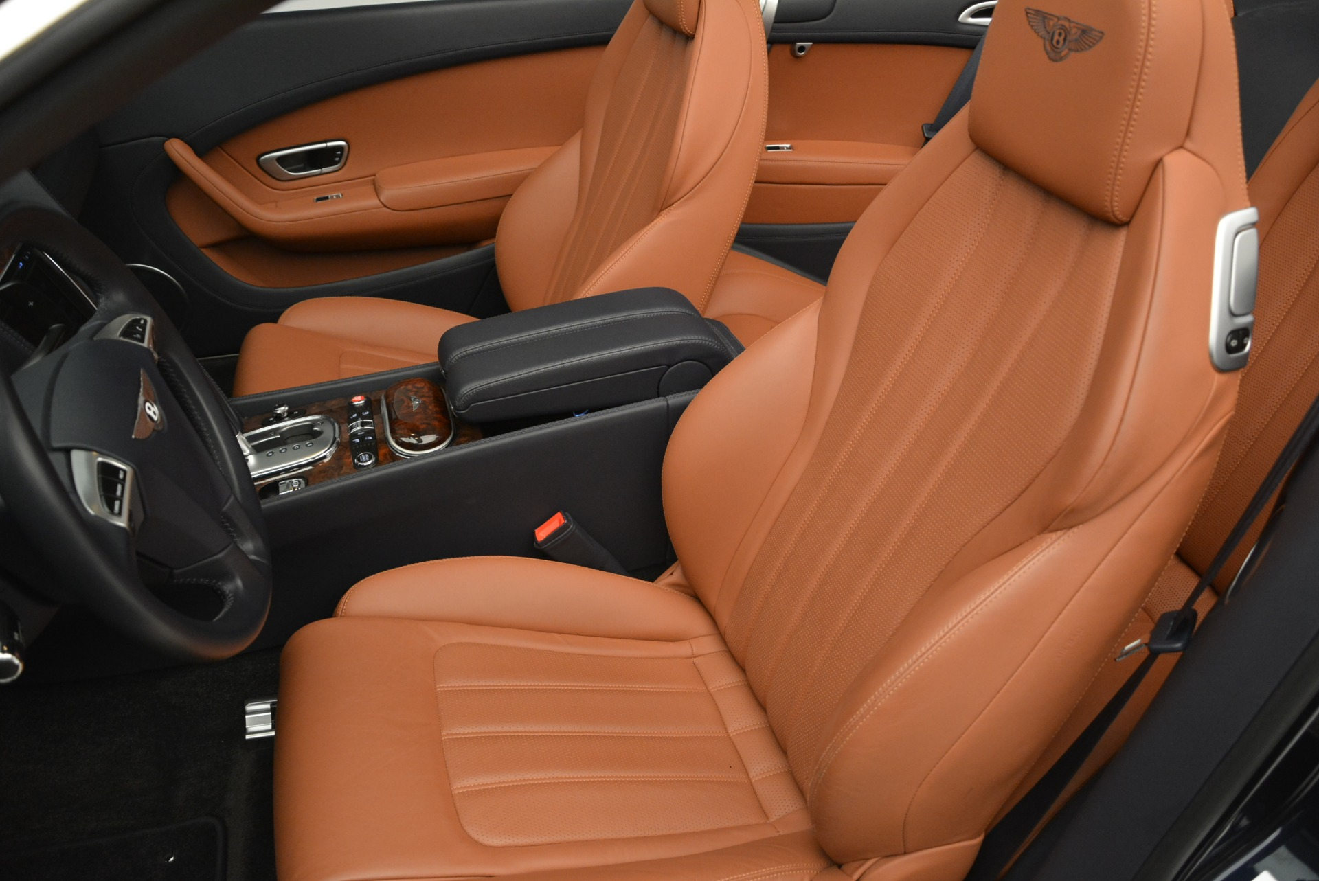 Used 2015 Bentley Continental GT V8 For Sale In Westport, CT 2310_p22