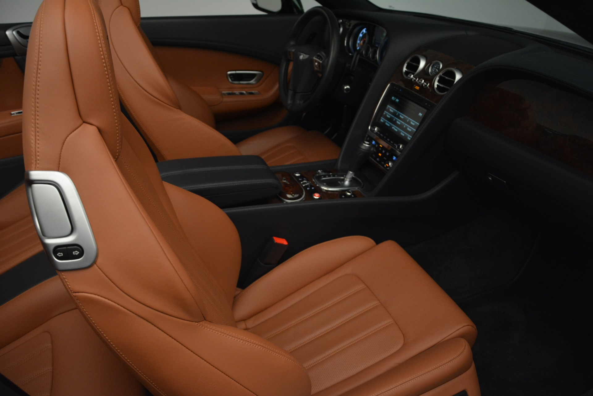 Used 2015 Bentley Continental GT V8 For Sale In Westport, CT 2310_p28