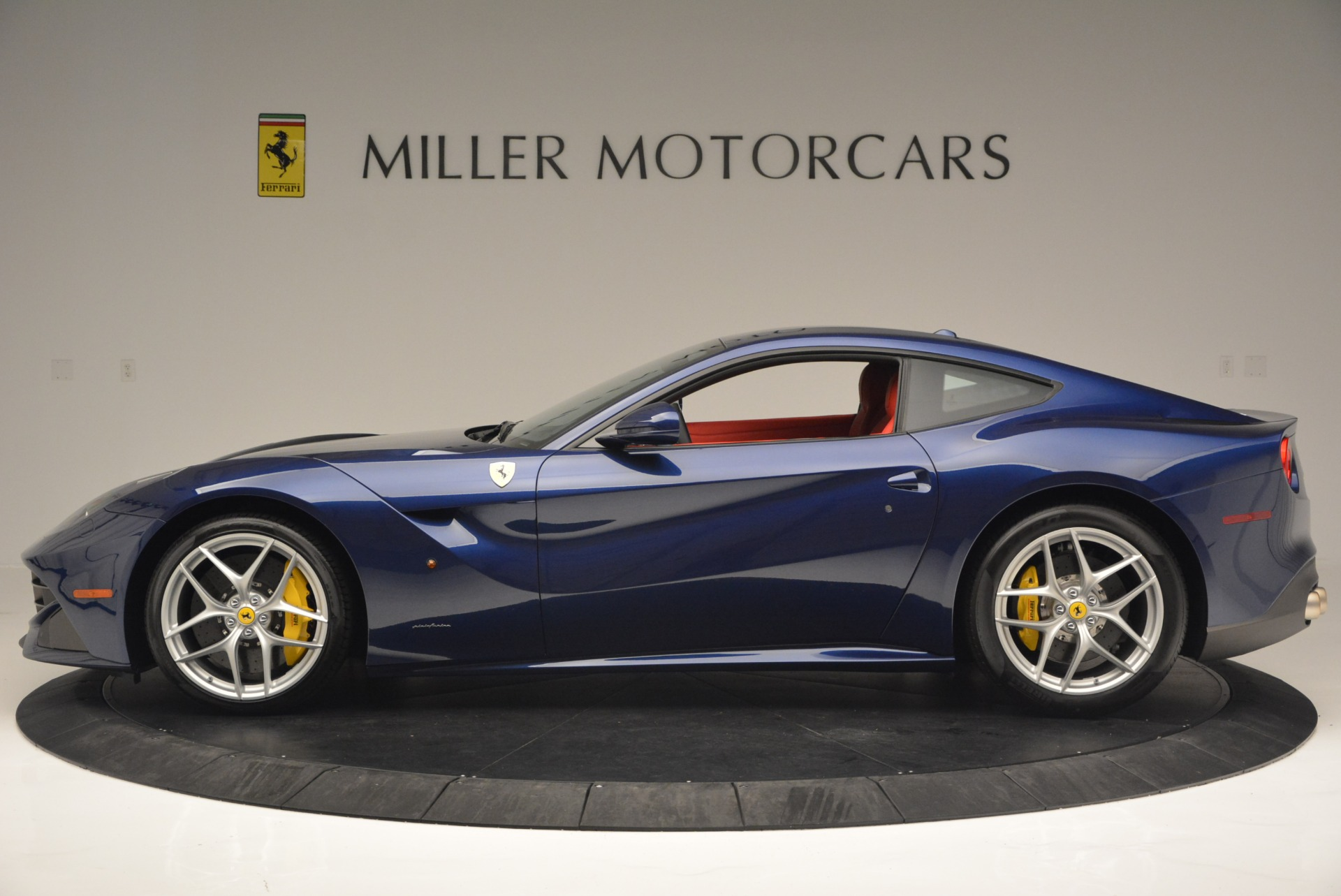 Used 2016 Ferrari F12 Berlinetta  For Sale In Westport, CT 2315_p3