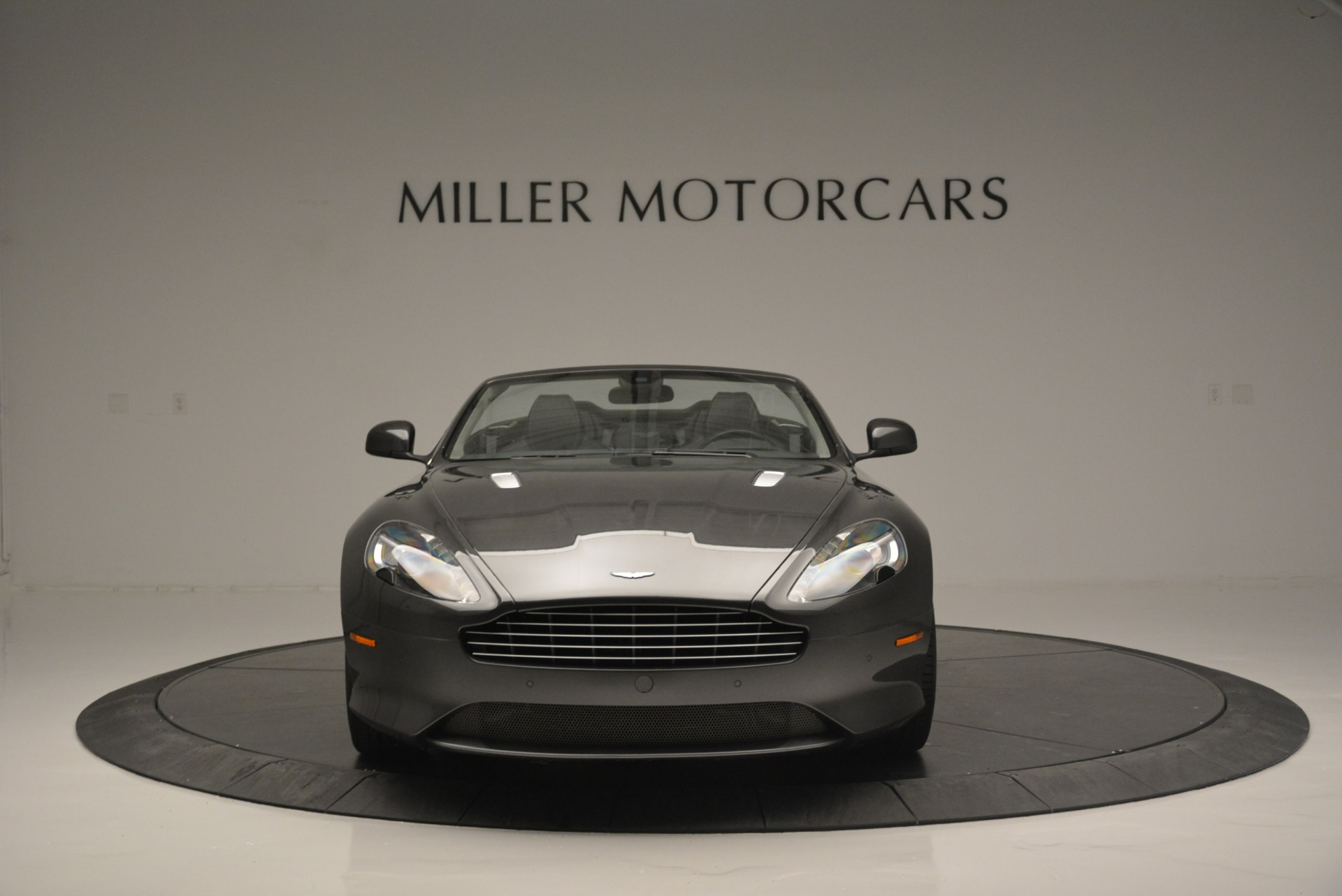 Used 2014 Aston Martin DB9 Volante For Sale In Westport, CT 2319_p12