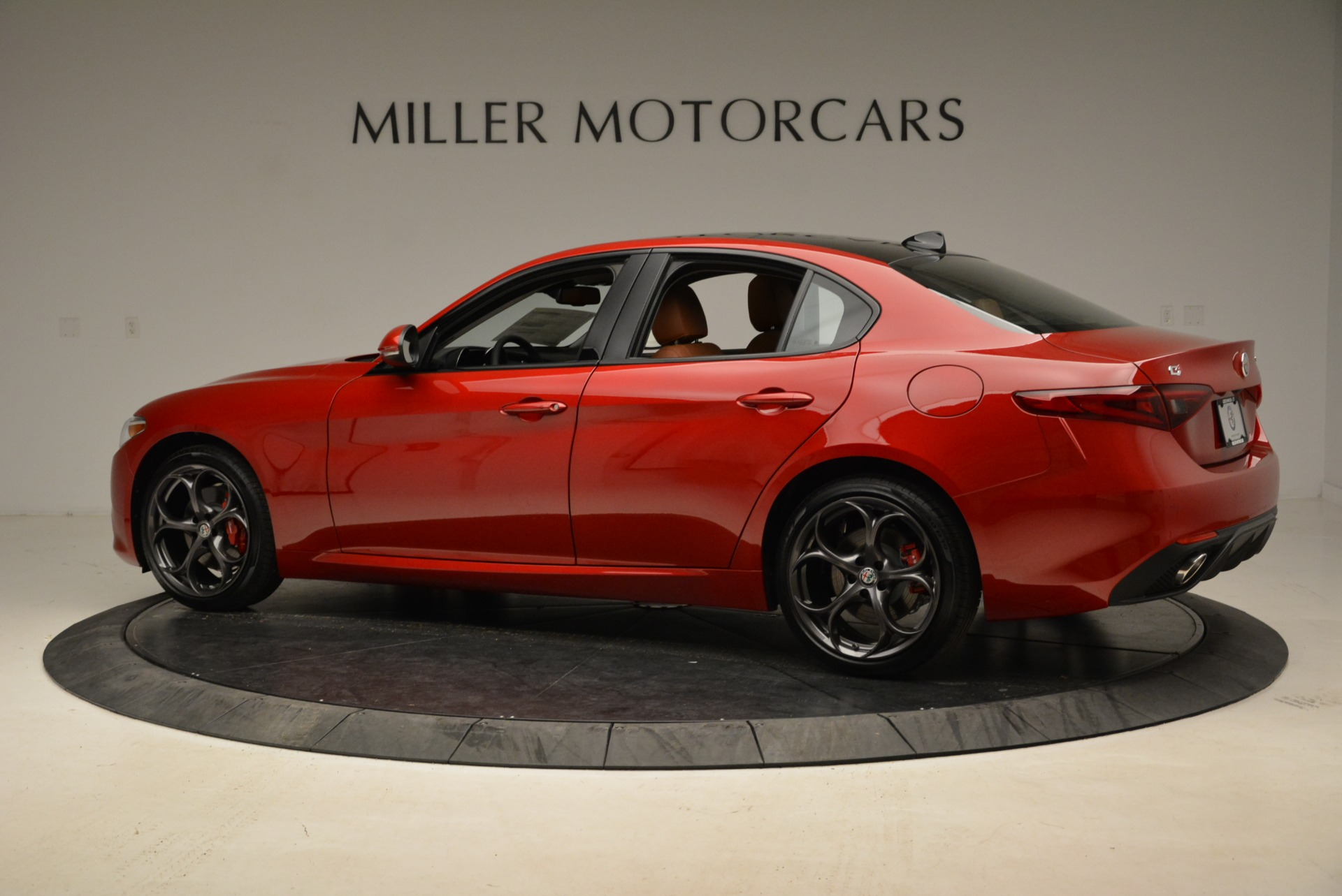 New 2018 Alfa Romeo Giulia Ti Sport Q4 For Sale In Westport, CT 2328_p4