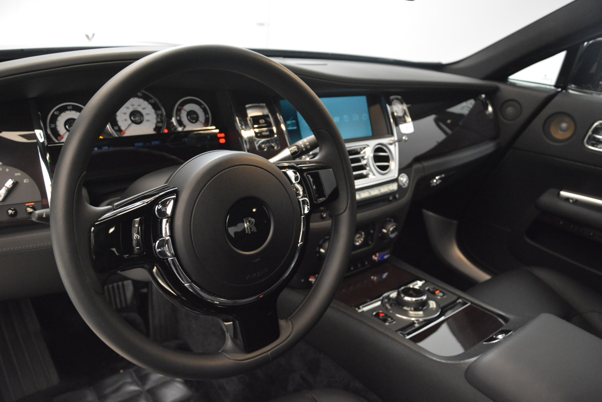 Used 2015 Rolls-Royce Wraith  For Sale In Westport, CT 2335_p15