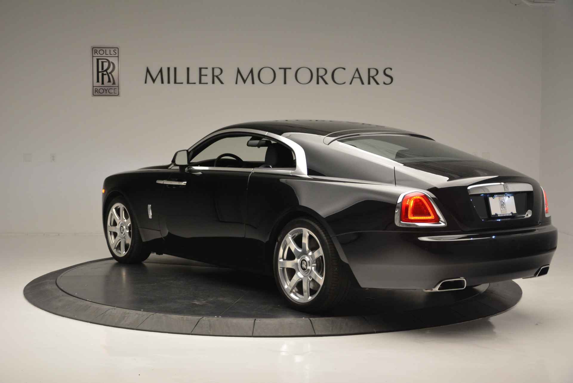 Used 2015 Rolls-Royce Wraith  For Sale In Westport, CT 2335_p3