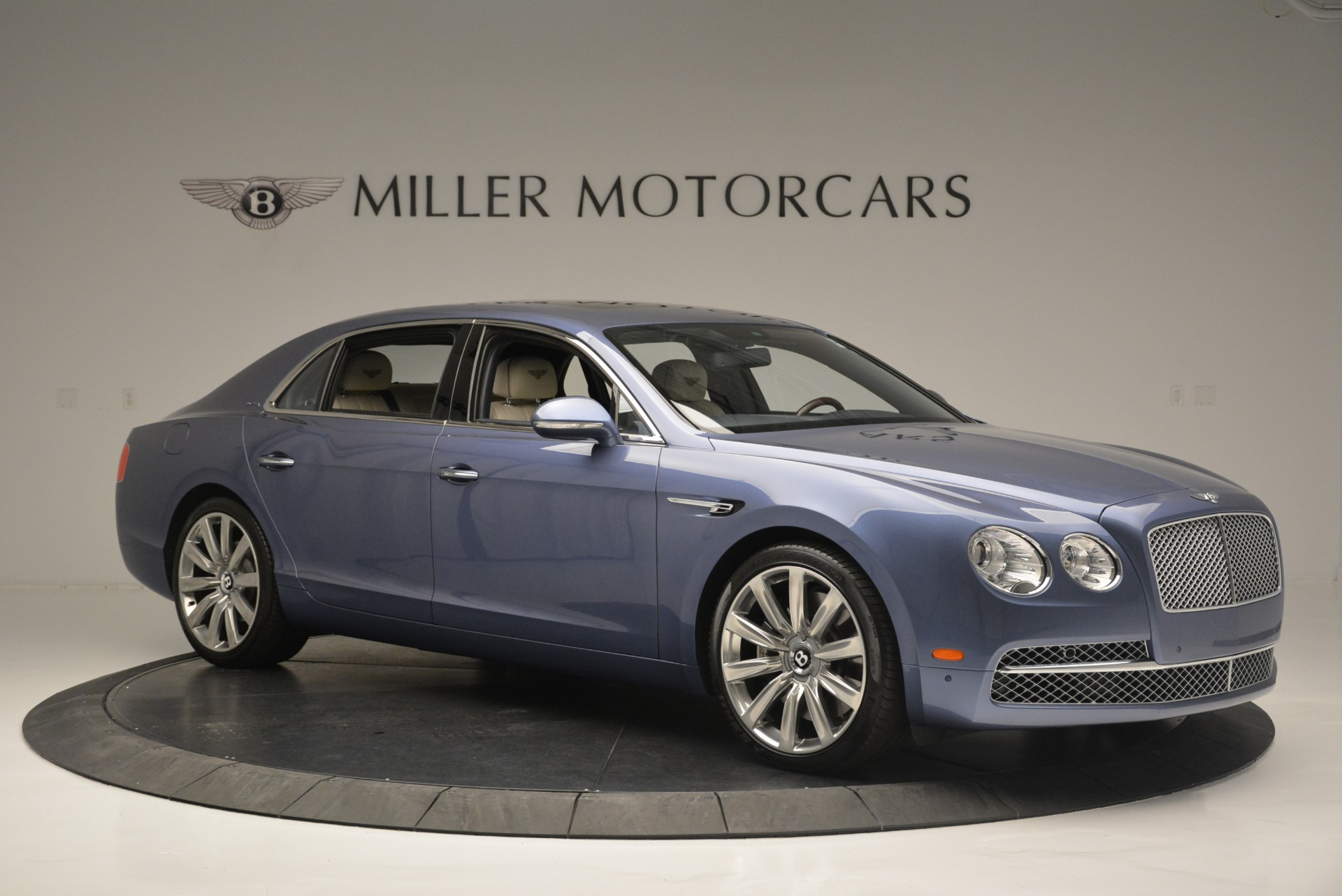 Used 2015 Bentley Flying Spur W12 For Sale In Westport, CT 2339_p10