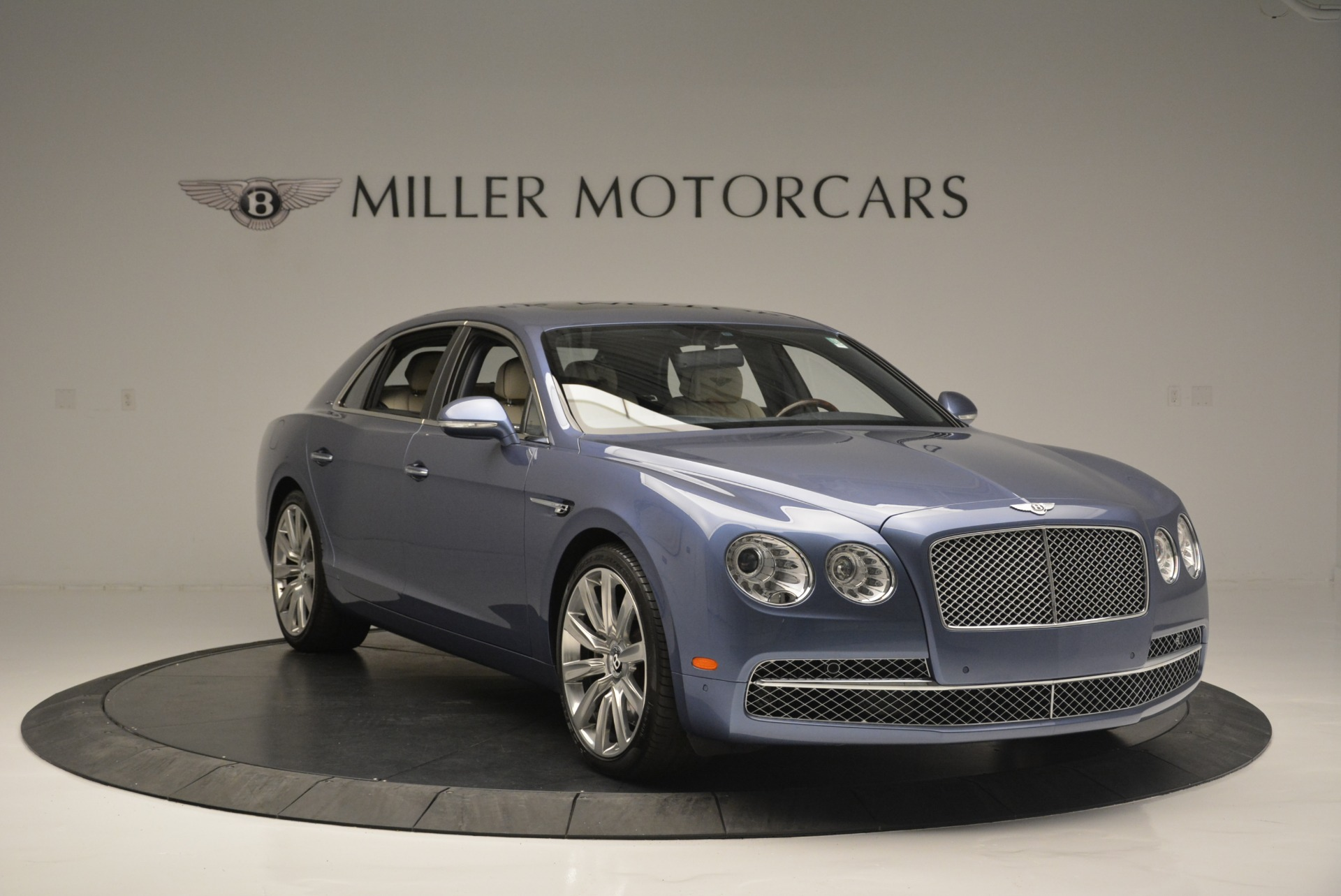 Used 2015 Bentley Flying Spur W12 For Sale In Westport, CT 2339_p11
