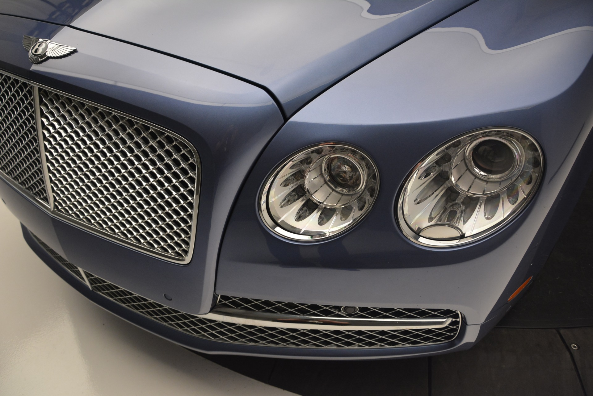 Used 2015 Bentley Flying Spur W12 For Sale In Westport, CT 2339_p15