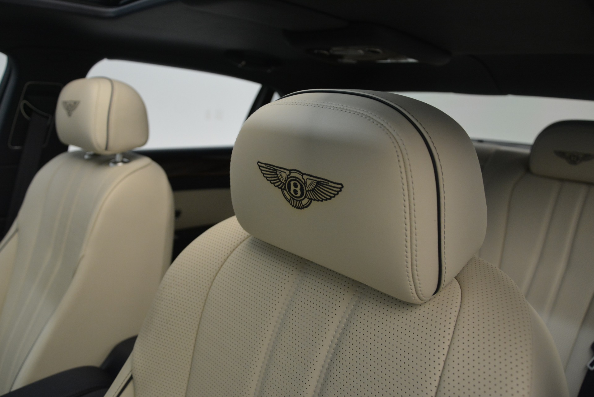 Used 2015 Bentley Flying Spur W12 For Sale In Westport, CT 2339_p22