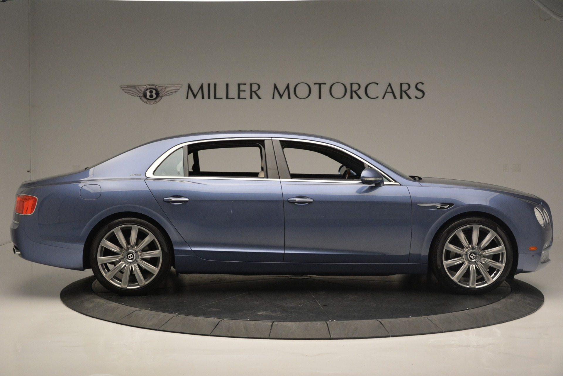 Used 2015 Bentley Flying Spur W12 For Sale In Westport, CT 2339_p9