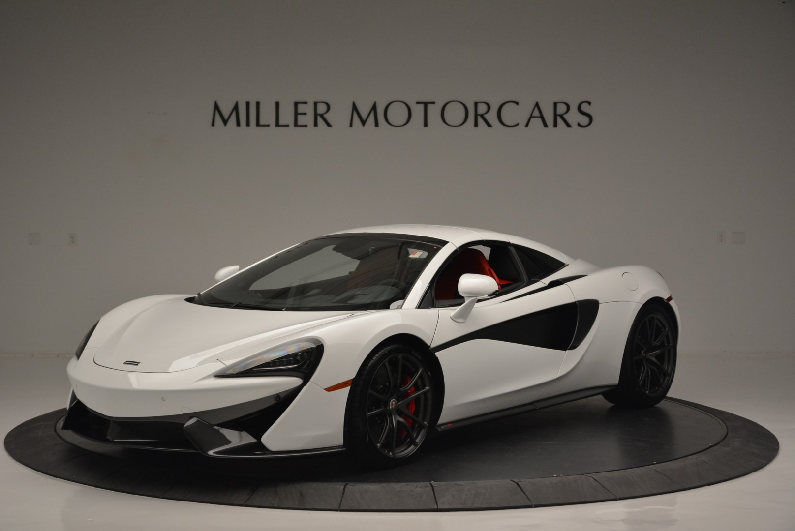 Used 2018 McLaren 570S Spider For Sale In Westport, CT 2341_p14