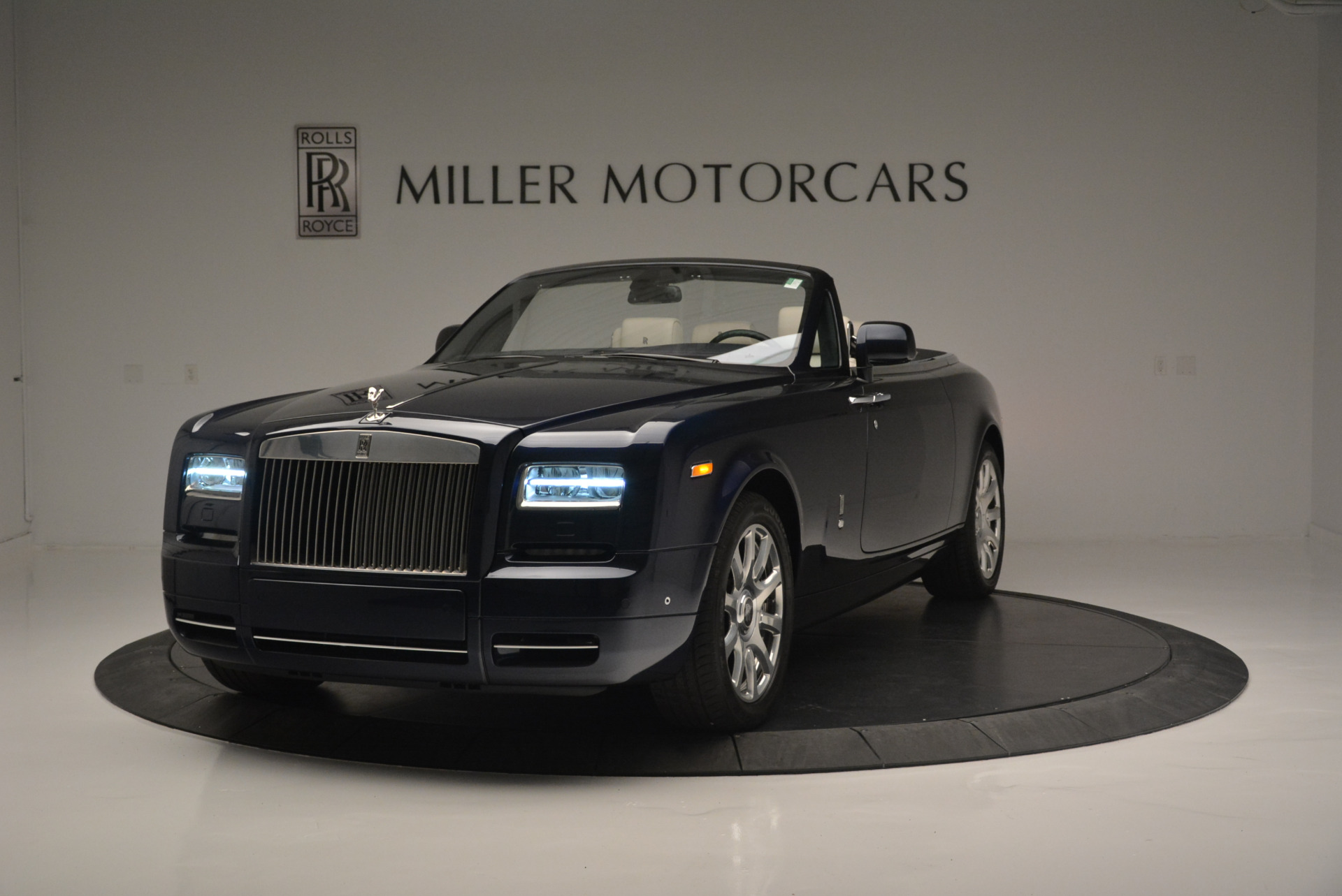 Used 2014 Rolls-Royce Phantom Drophead Coupe  For Sale In Westport, CT
