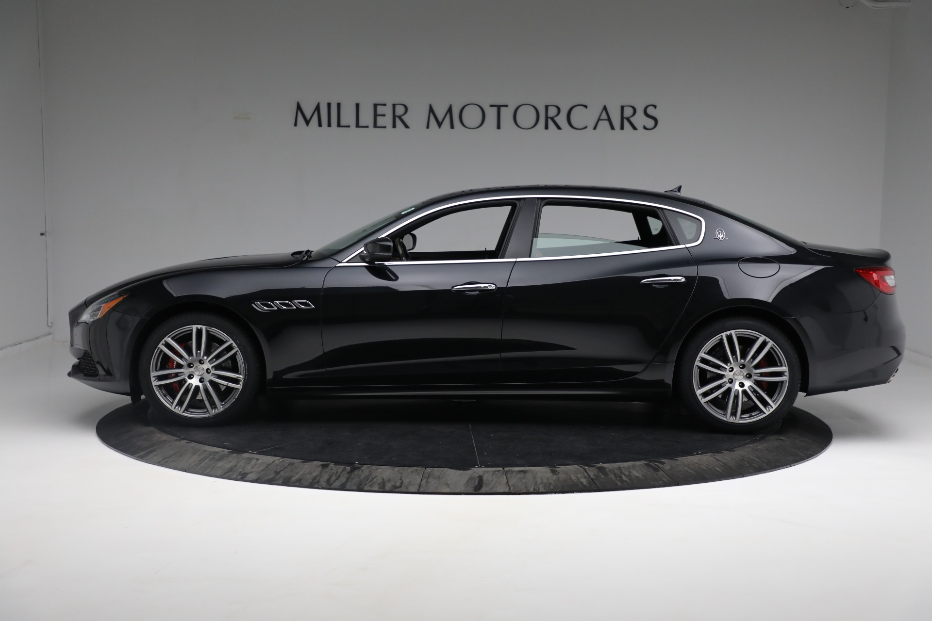 New 2018 Maserati Quattroporte S Q4 For Sale In Westport, CT 2359_p4