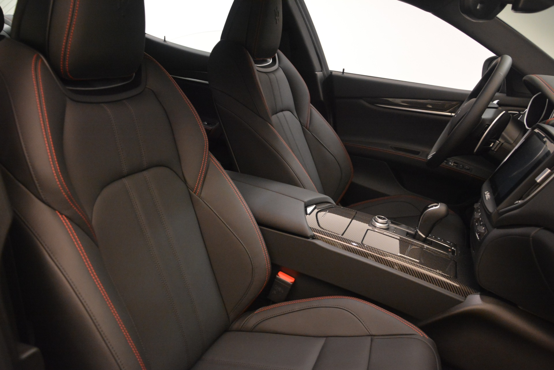 New 2018 Maserati Ghibli SQ4 GranSport Nerissimo For Sale In Westport, CT 2366_p17