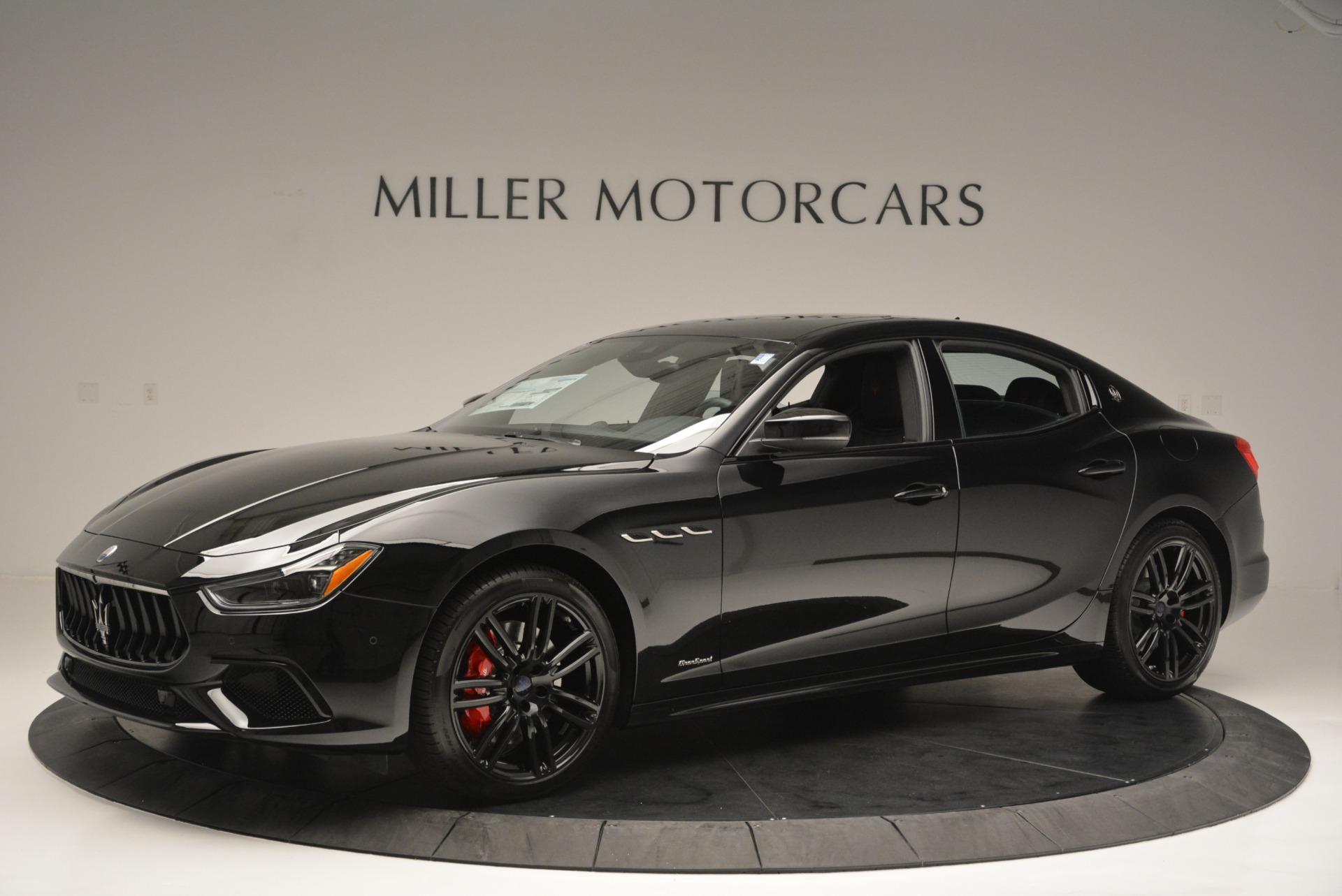 New 2018 Maserati Ghibli SQ4 GranSport Nerissimo For Sale In Westport, CT 2368_p2