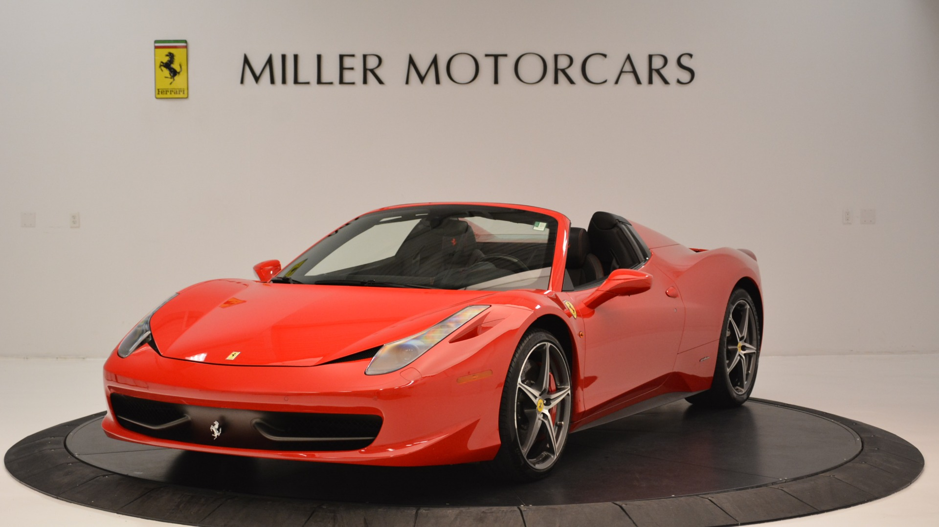 Used 2015 Ferrari 458 Spider  For Sale In Westport, CT 2369_main