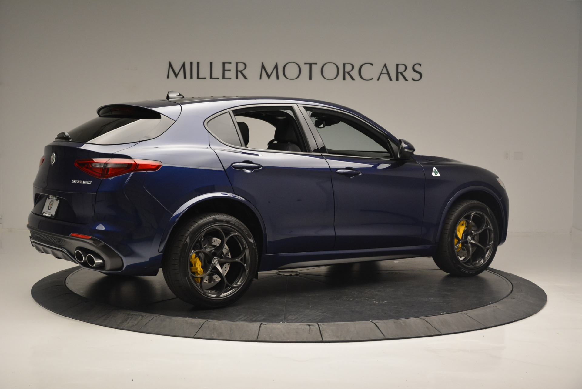 New 2018 Alfa Romeo Stelvio Quadrifoglio For Sale In Westport, CT 2371_p8