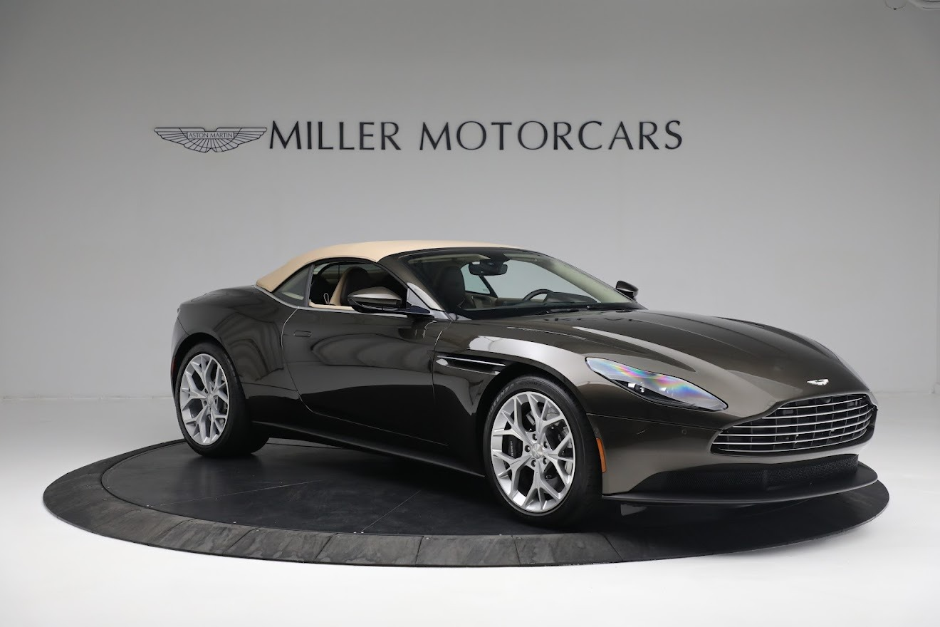 New 2019 Aston Martin DB11 V8 Convertible For Sale In Westport, CT 2410_p17