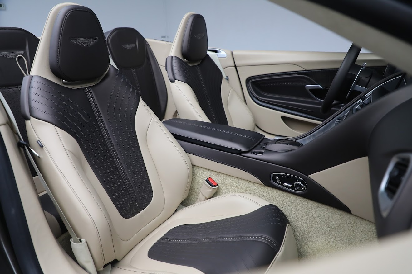 New 2019 Aston Martin DB11 V8 Convertible For Sale In Westport, CT 2410_p26