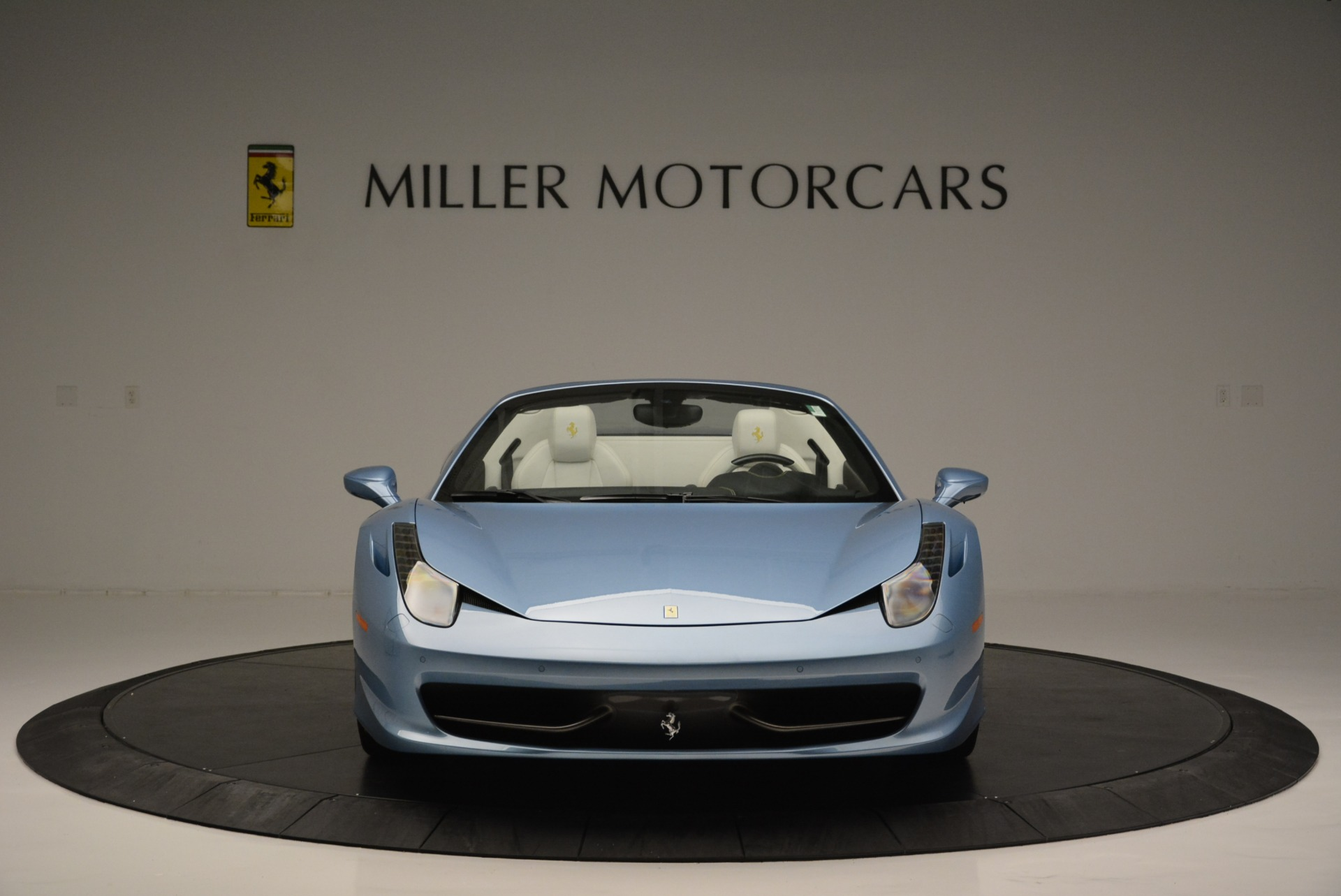 Used 2012 Ferrari 458 Spider  For Sale In Westport, CT 2413_p12
